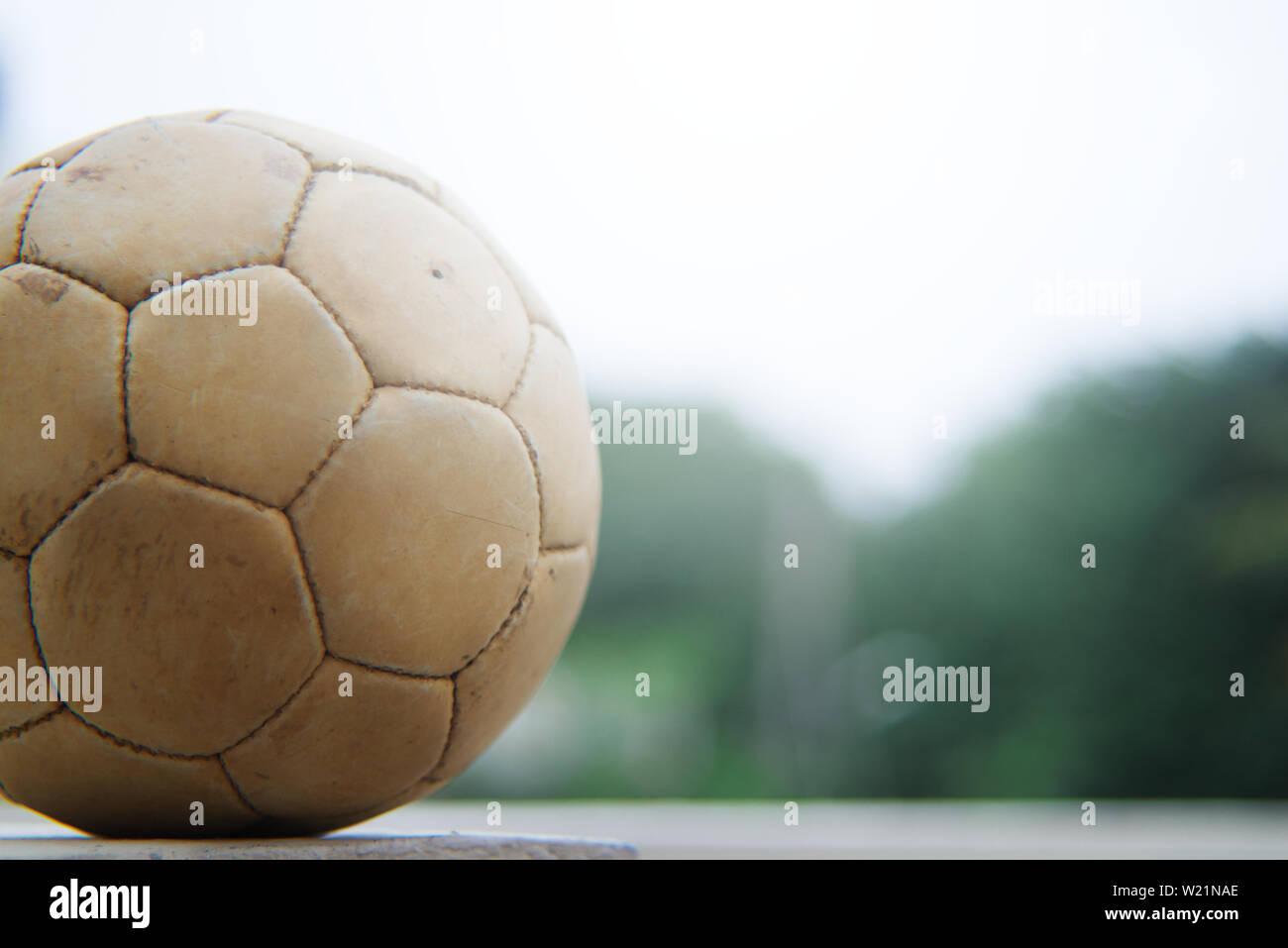 Fussball Auf Dem Boden Wallpaper Stockfoto Bild 259423542