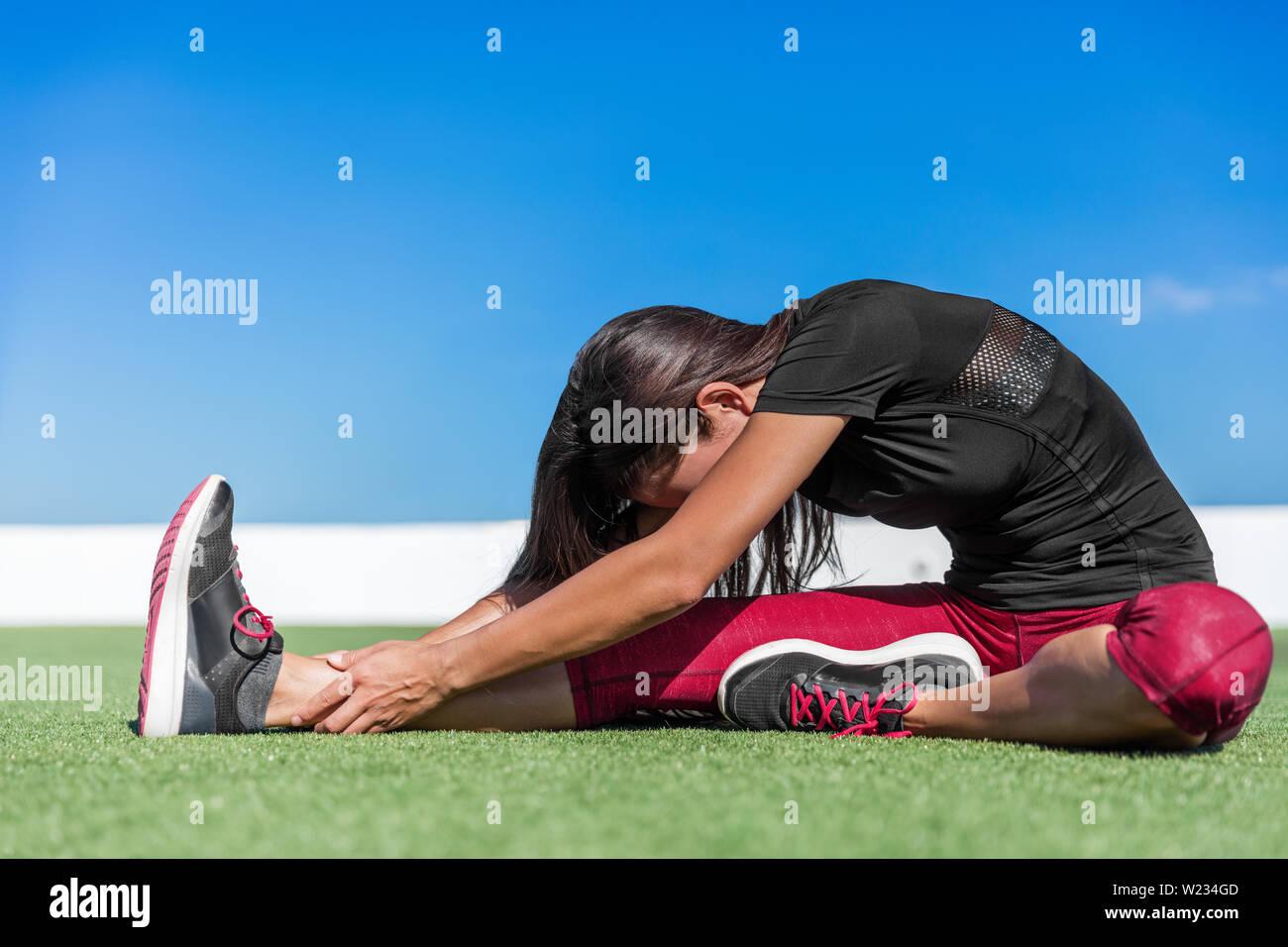 Mädchen übers knie legen