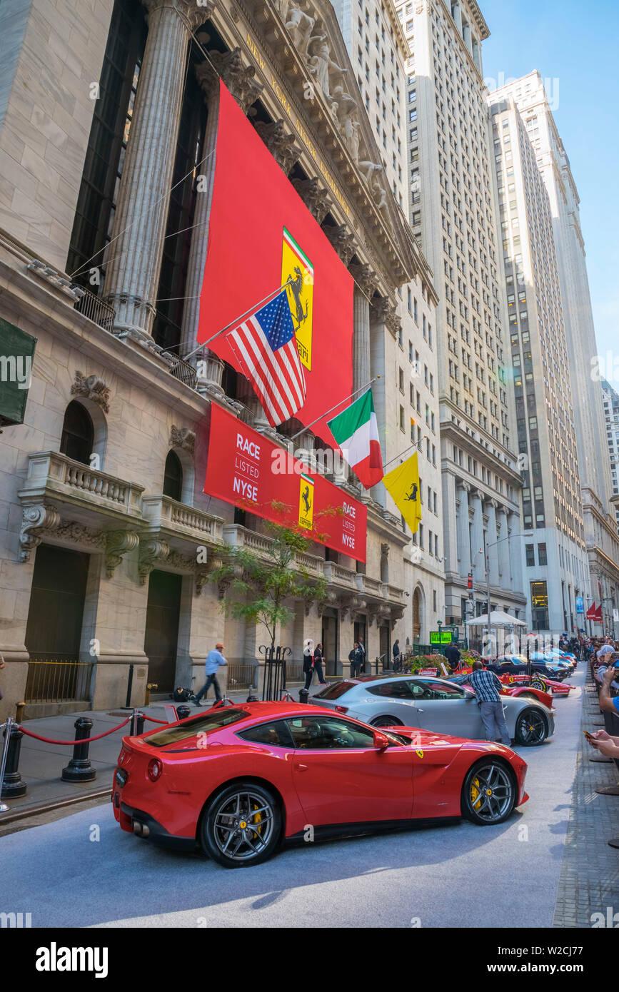 Ferrari Ferraris Stockfotos Und Bilder Kaufen Alamy
