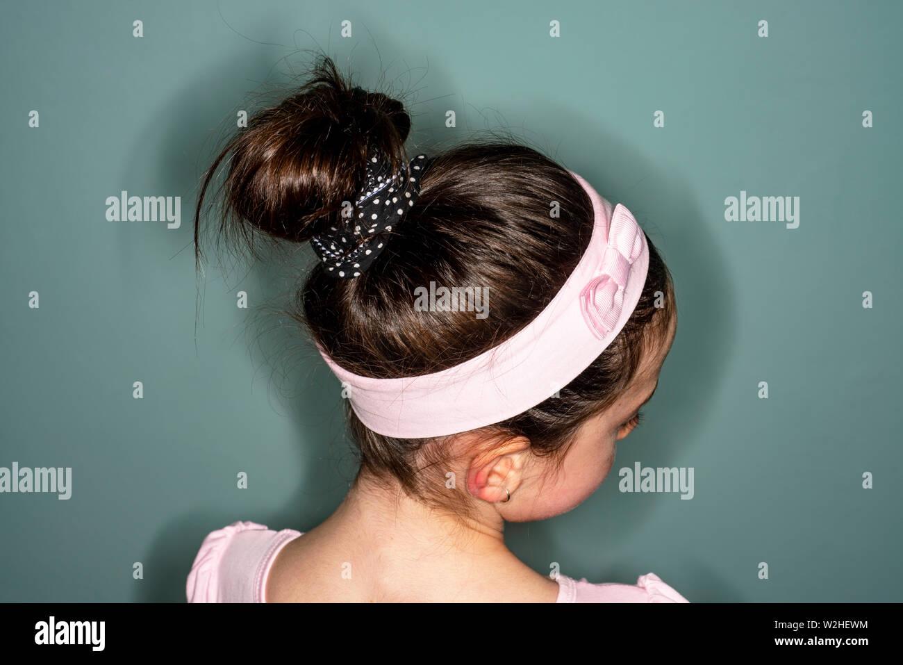 Ballerina Frisur Stockfotos Ballerina Frisur Bilder Alamy