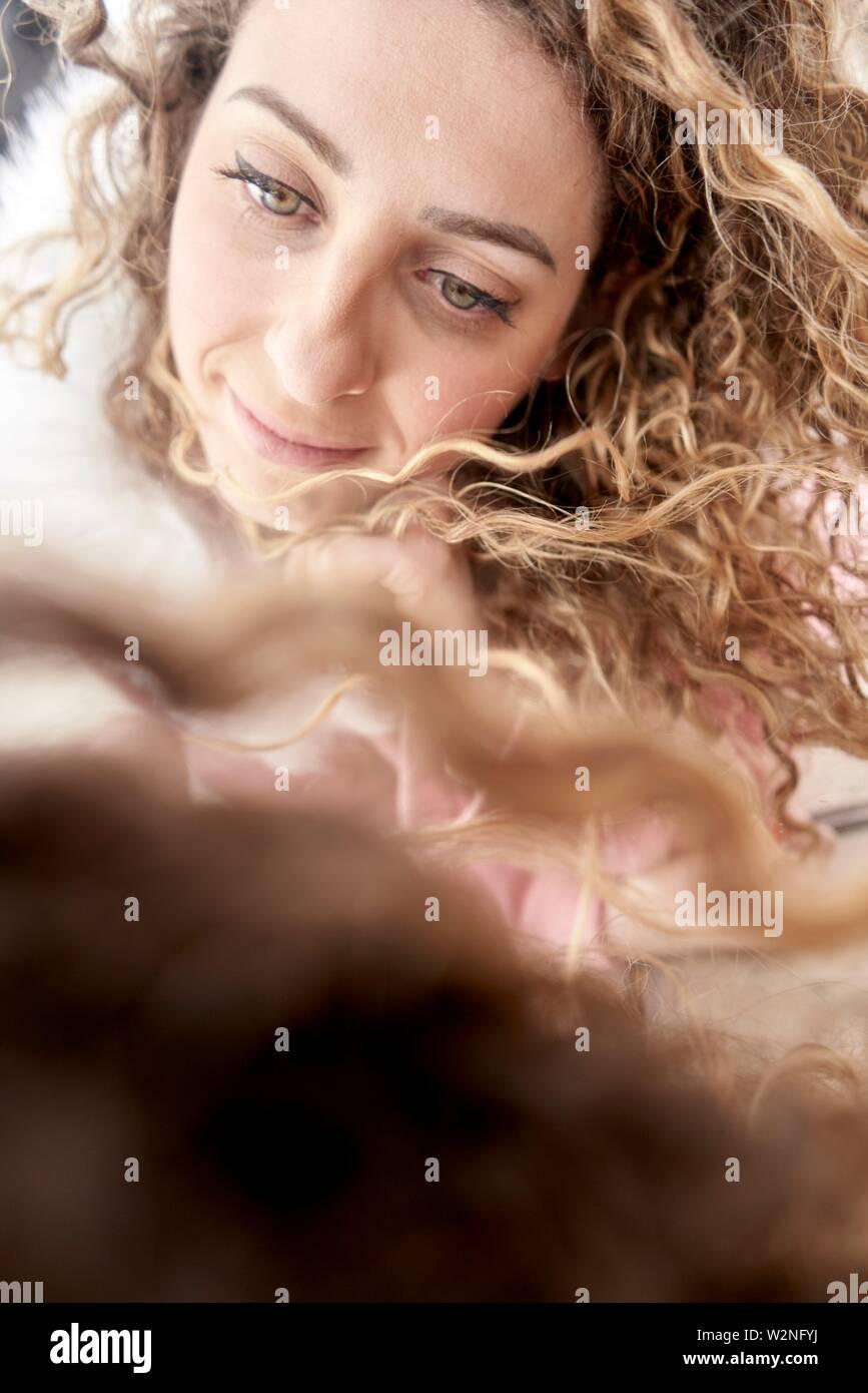 Frau mit hoffnungsvollen Augen Stockfoto