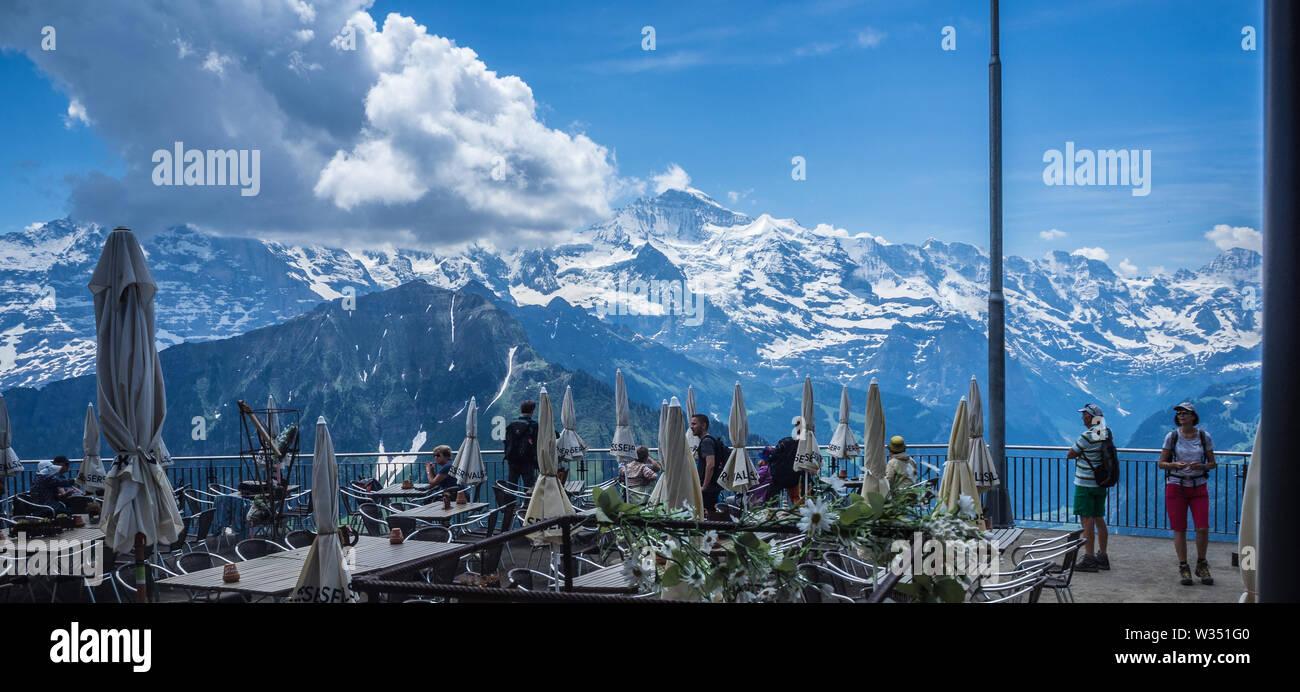 Berghotel Aussichtsplattform in Schynige Platte Stockbild
