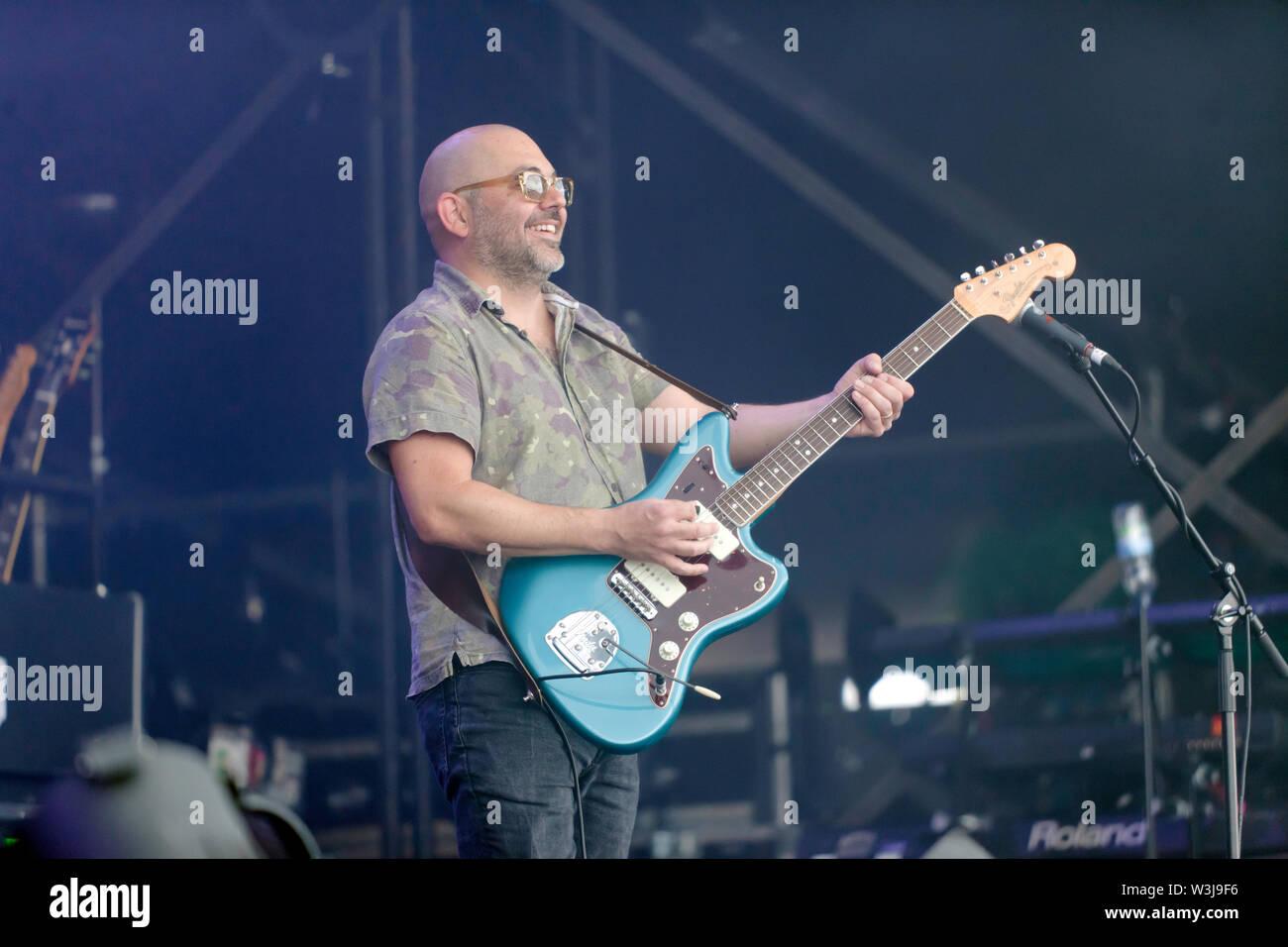 Ross Godfrey mit Morcheeba, auf der Hauptbühne am OnBlackheath Music Festival 2019 Stockbild