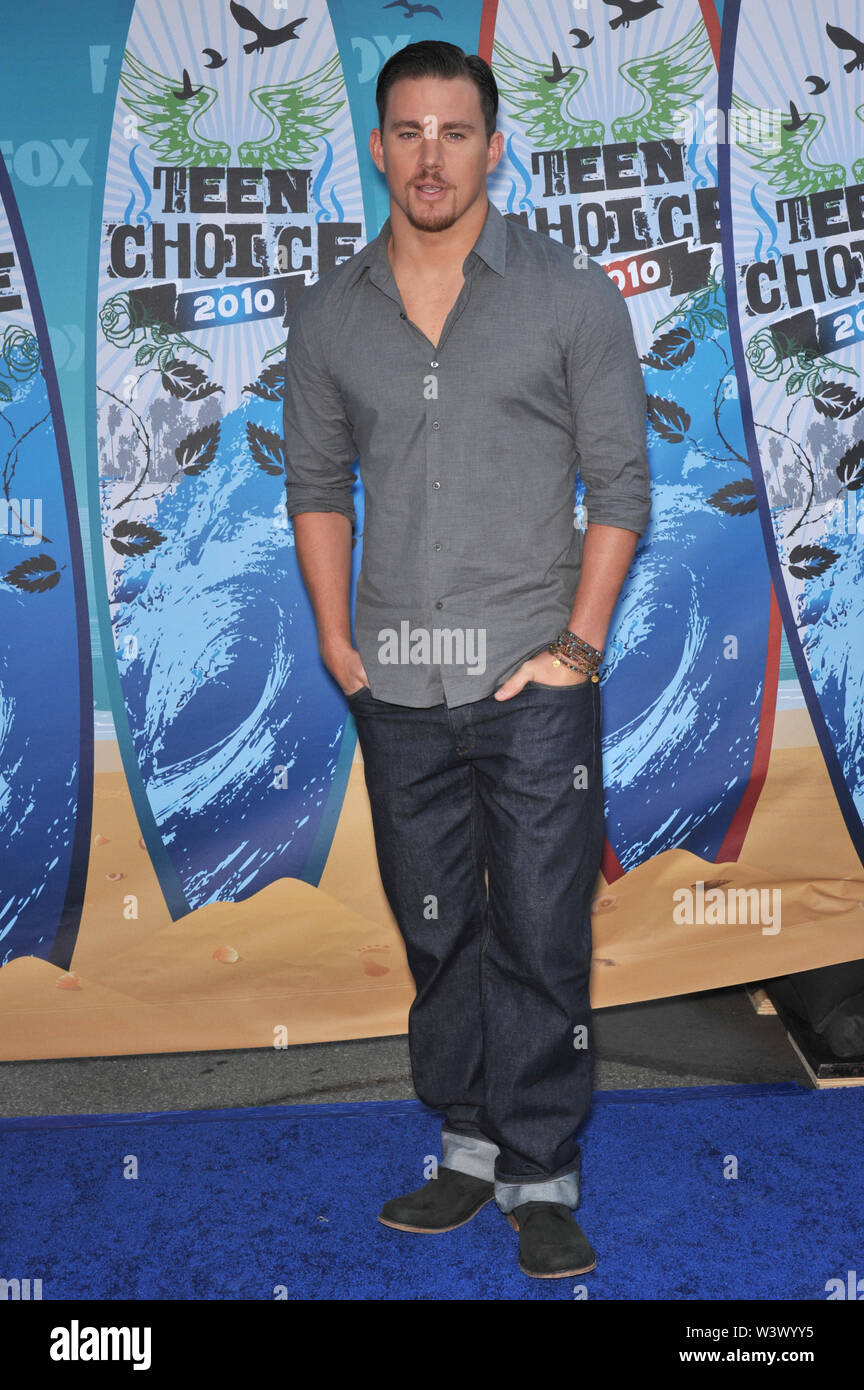 LOS ANGELES, Ca. August 09, 2010: Channing Tatum an den 2010 Teen Choice Awards am Gibson Amphitheatre, Universal Studios, Hollywood. © 2010 Paul Smith/Featureflash Stockbild