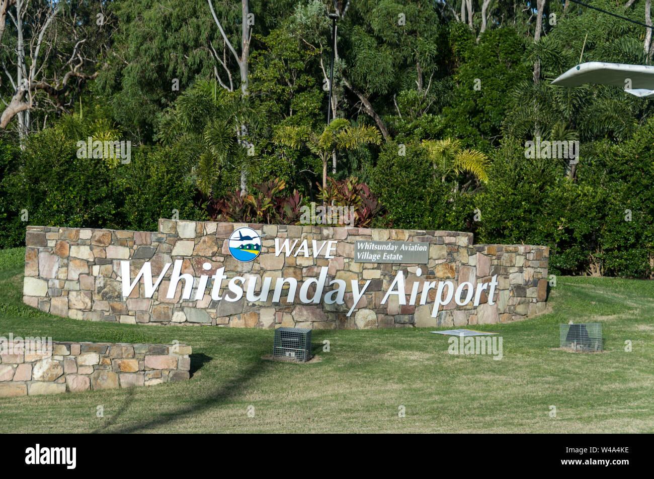 Flughafen Whitsunday bei Airlie Beach bei den Whitsundays in Queensland, Australien. Airlie Beach, durch Back Packers begünstigt und ist ein Sprungbrett zu Th Stockfoto