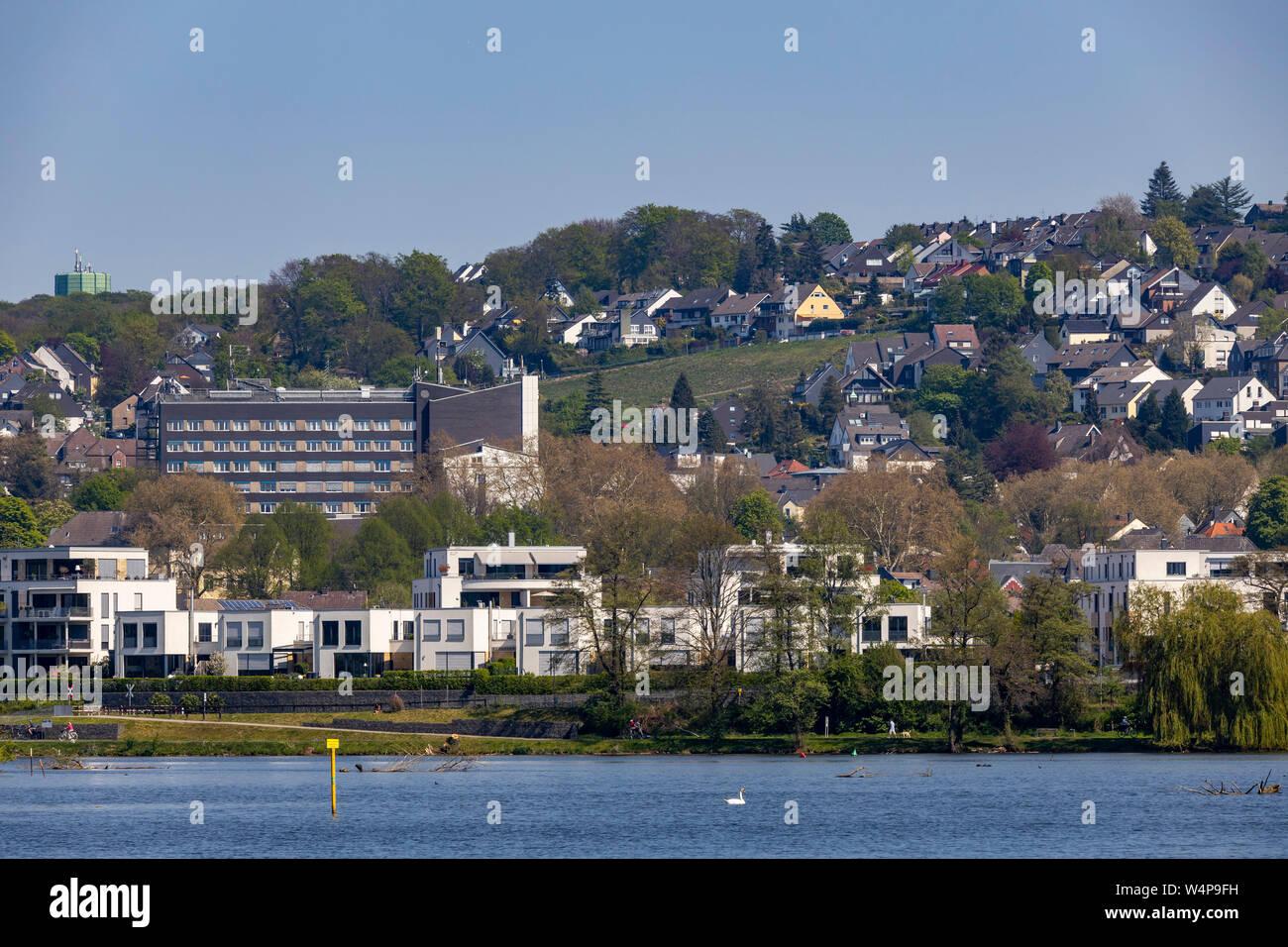 Essen, der Baldeneysee, Ruhr Stausee, Ansicht des Essener Stadtteil Kupferdreh, Stockfoto