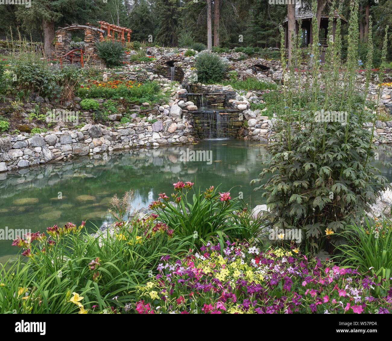 Die Kaskade Rock Gardens Auf Dem Gelande Des Verwaltungsgebaudes