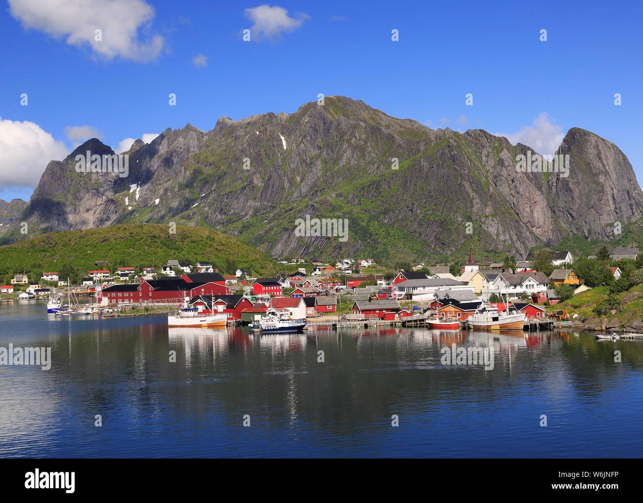 Malerischer Blick auf reine, Lofoten in Norwegen Stockfoto