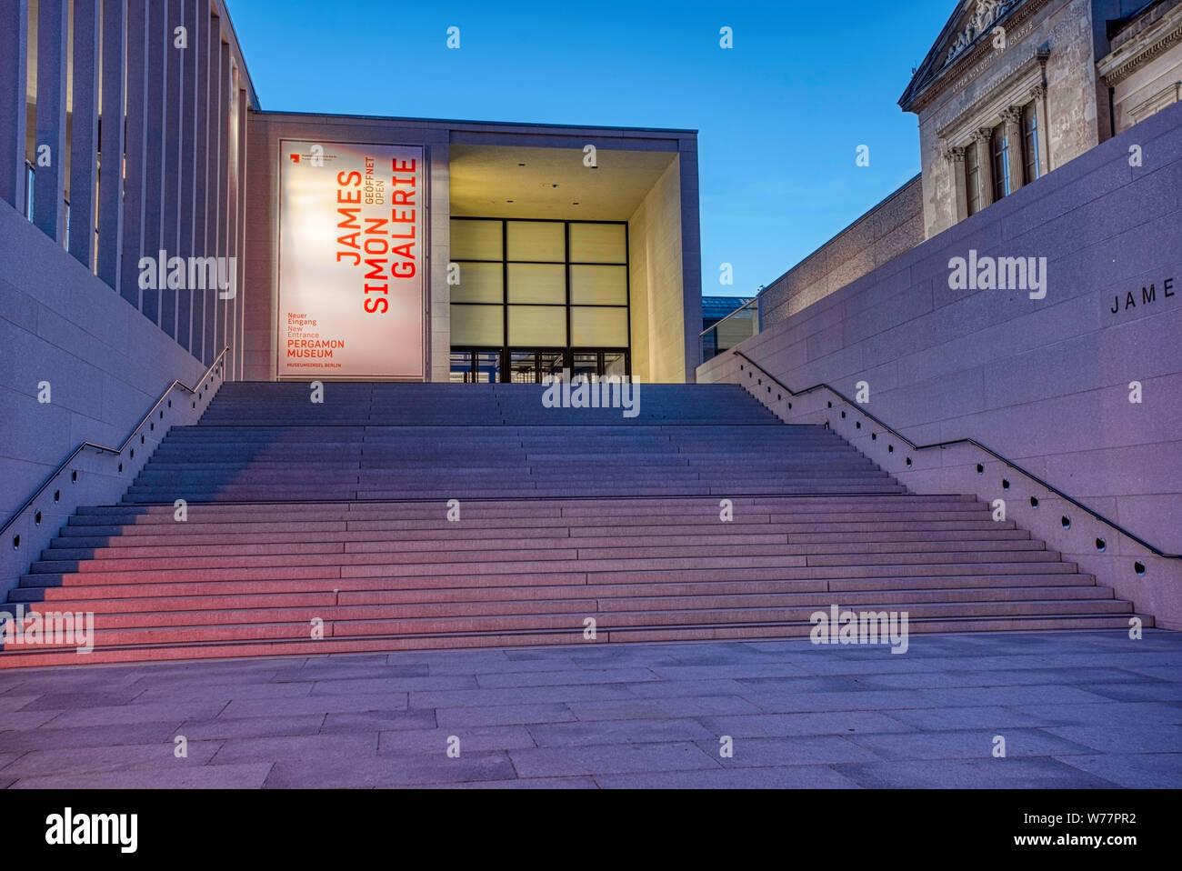 Construction Site Pergamon Museum Museum Stockfotos Und Bilder Kaufen Alamy
