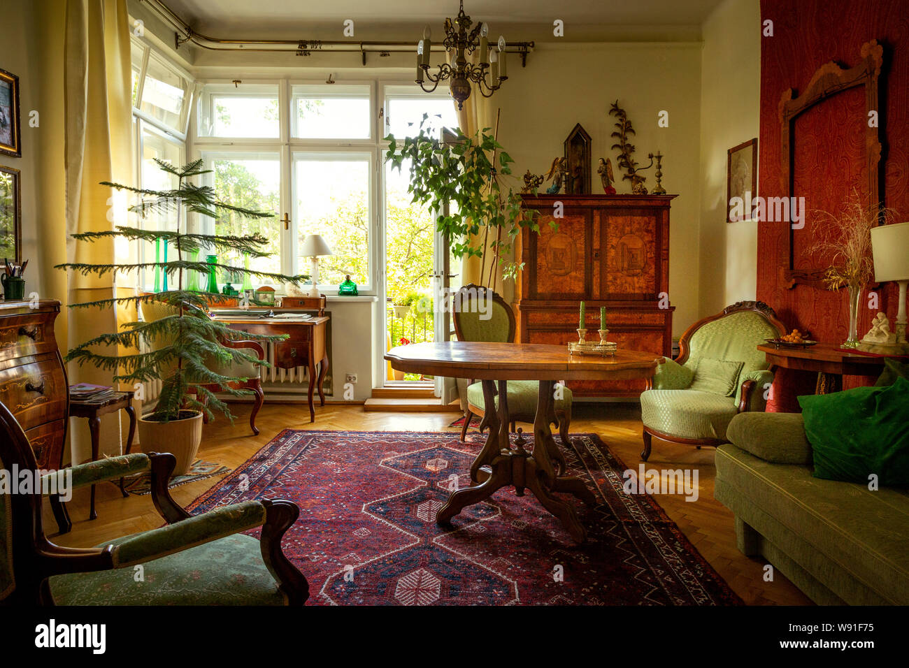 Biedermeier Day Room Stockfotos und -bilder Kaufen - Alamy