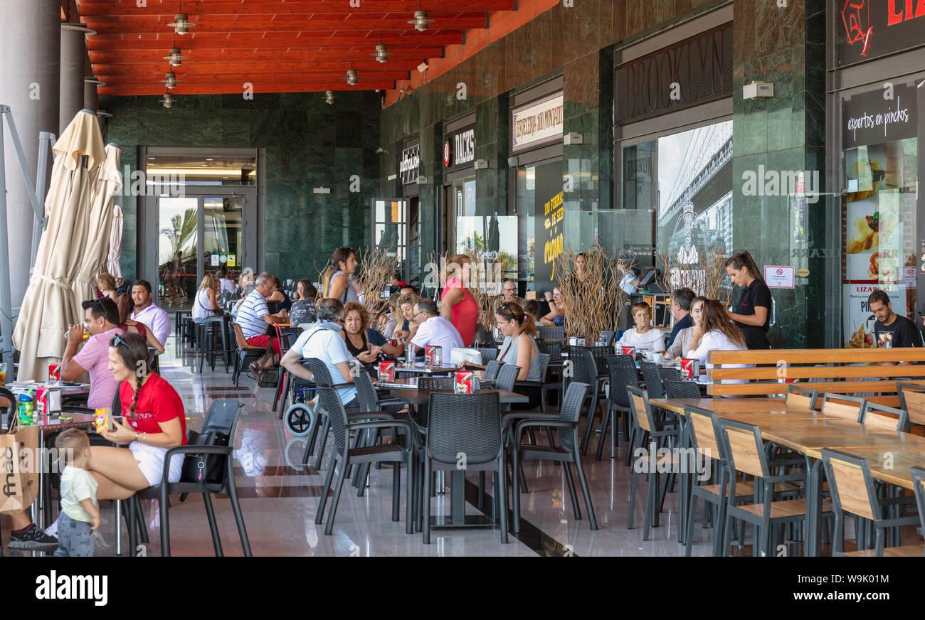 Café Del Sol Stockfotos & Café Del Sol Bilder - Alamy