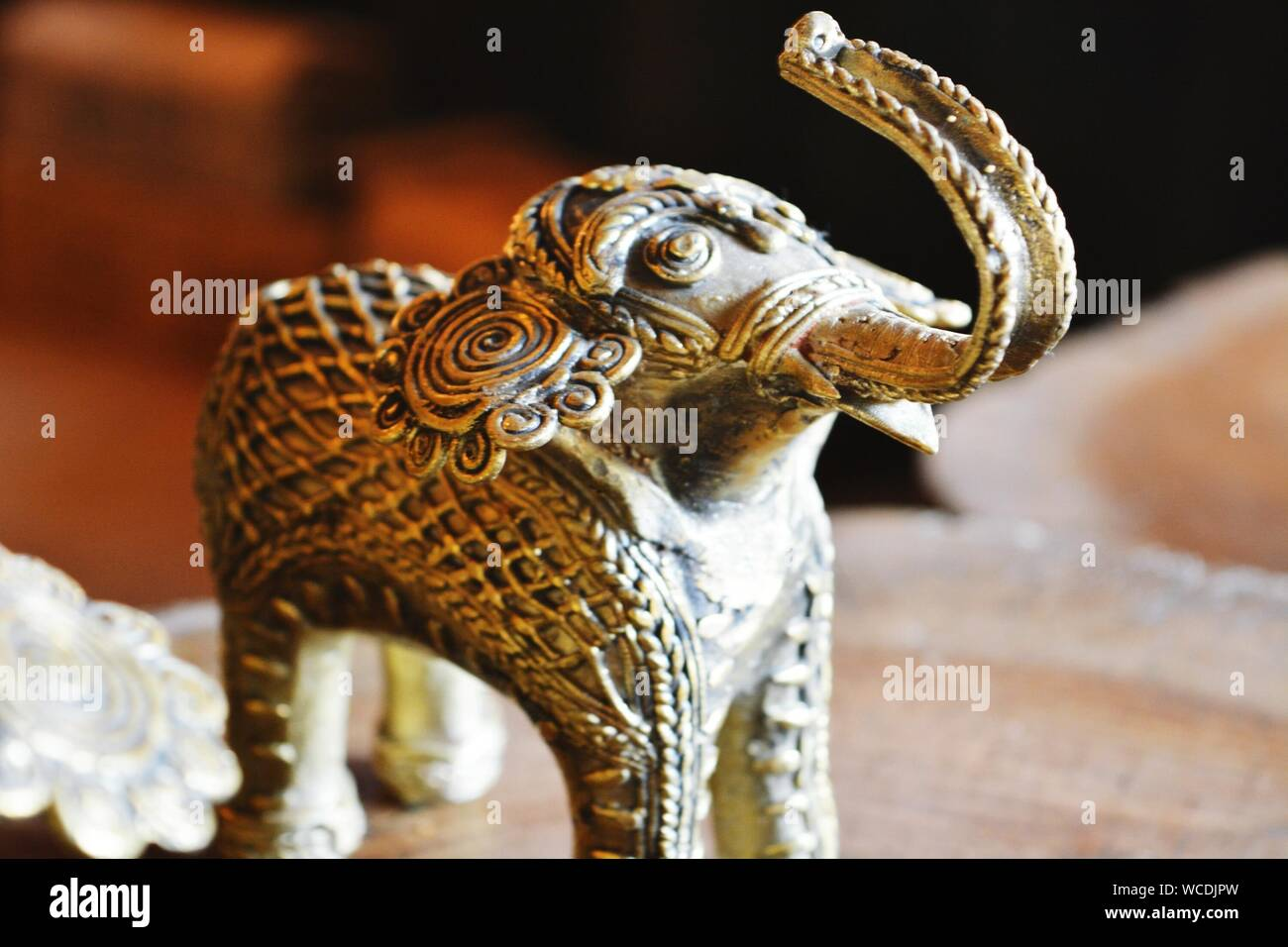 Dekoration  Türklopfer Elefant Messing mit schöner Patina