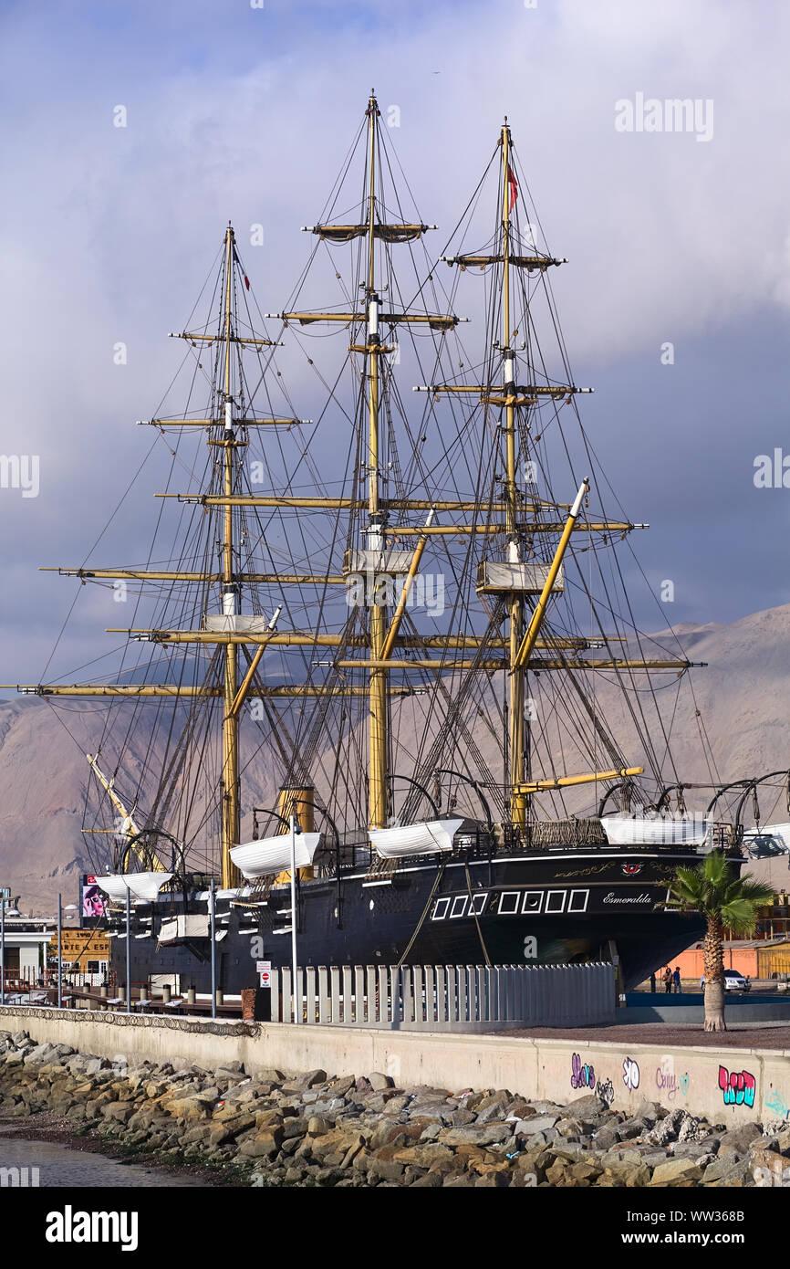 IQUIQUE, CHILE - Januar 22, 2015: Nachbildung der Chilenischen Dampf Corvette namens Esmeralda, die als Museumsschiff im Jahr 2011 geöffnet wurde Stockfoto