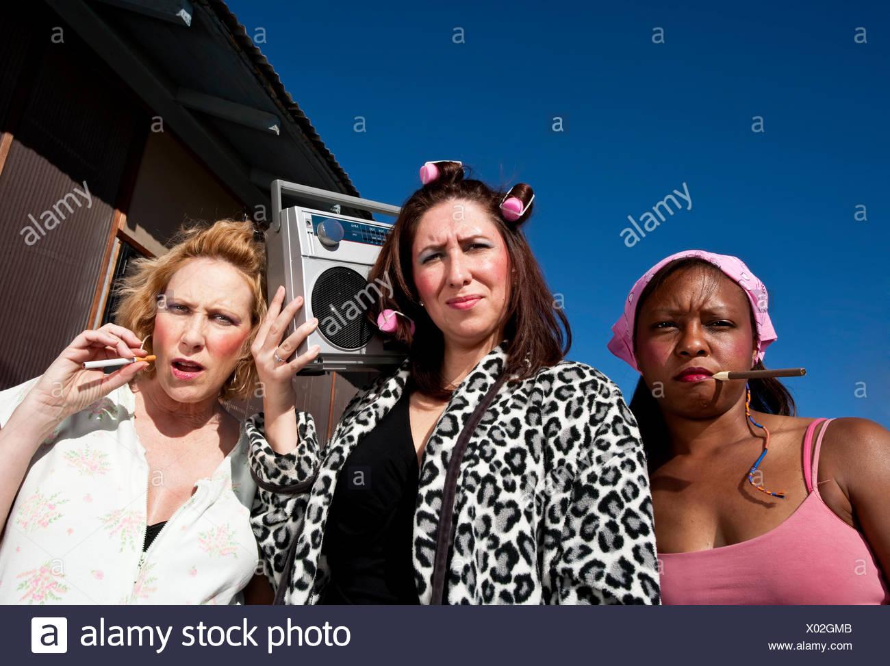 Black Woman Smoking Cigar Stockfotos & Black Woman Smoking