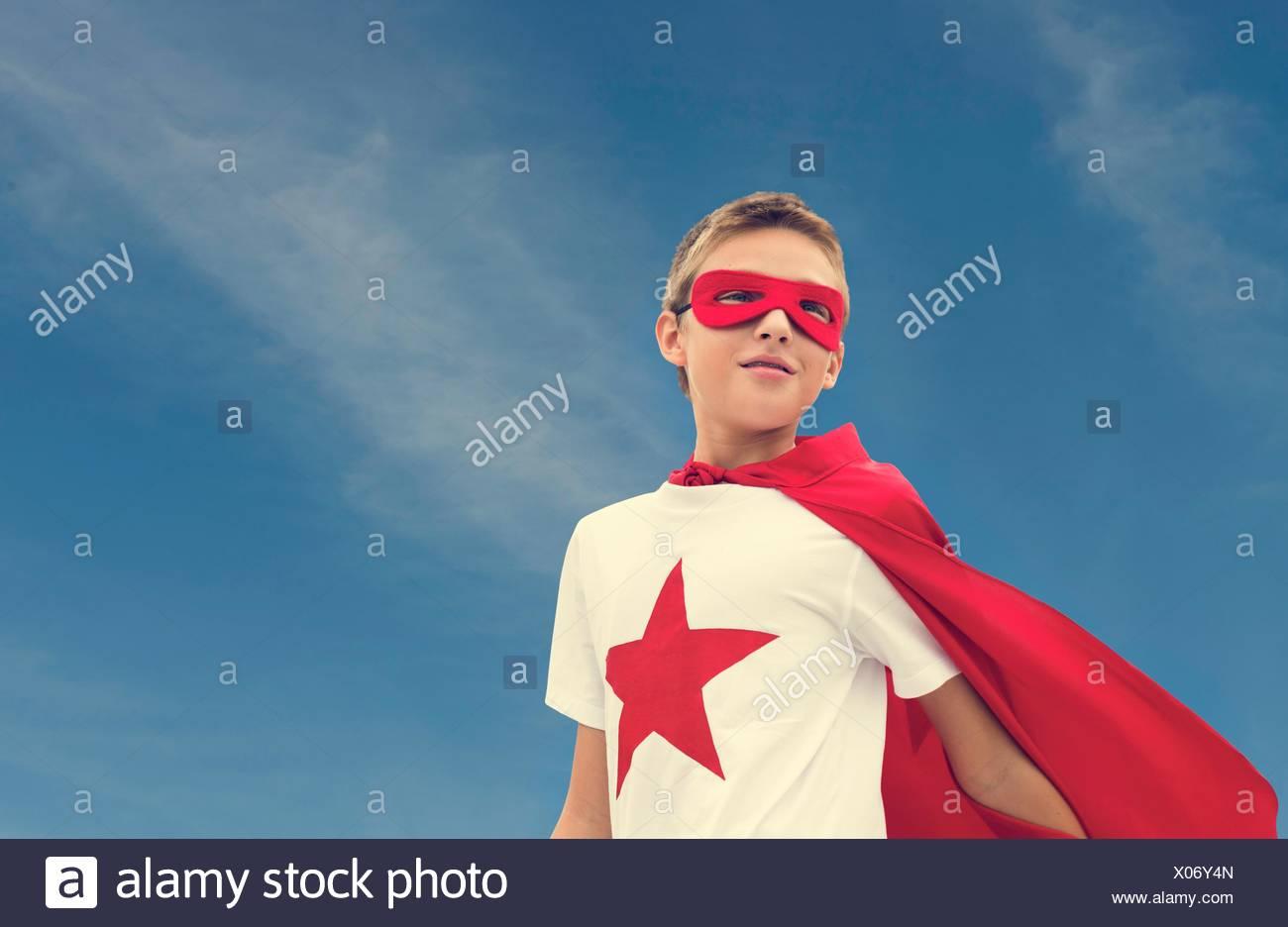 Superheld junge Phantasie Freiheit Glück Konzept Stockbild