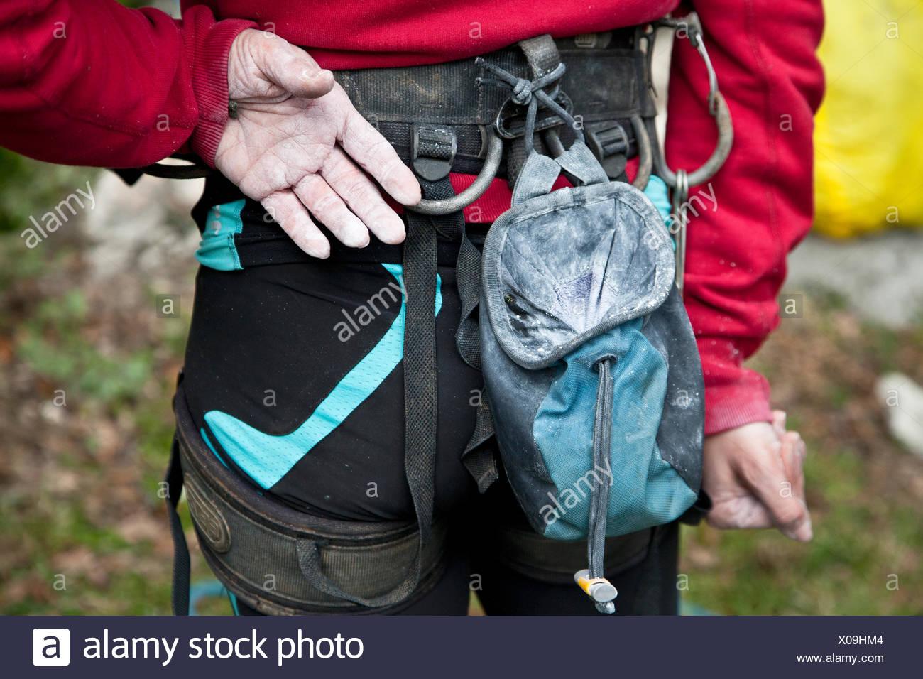 Italien, Mittelteil des weiblichen Kletterer Stockbild