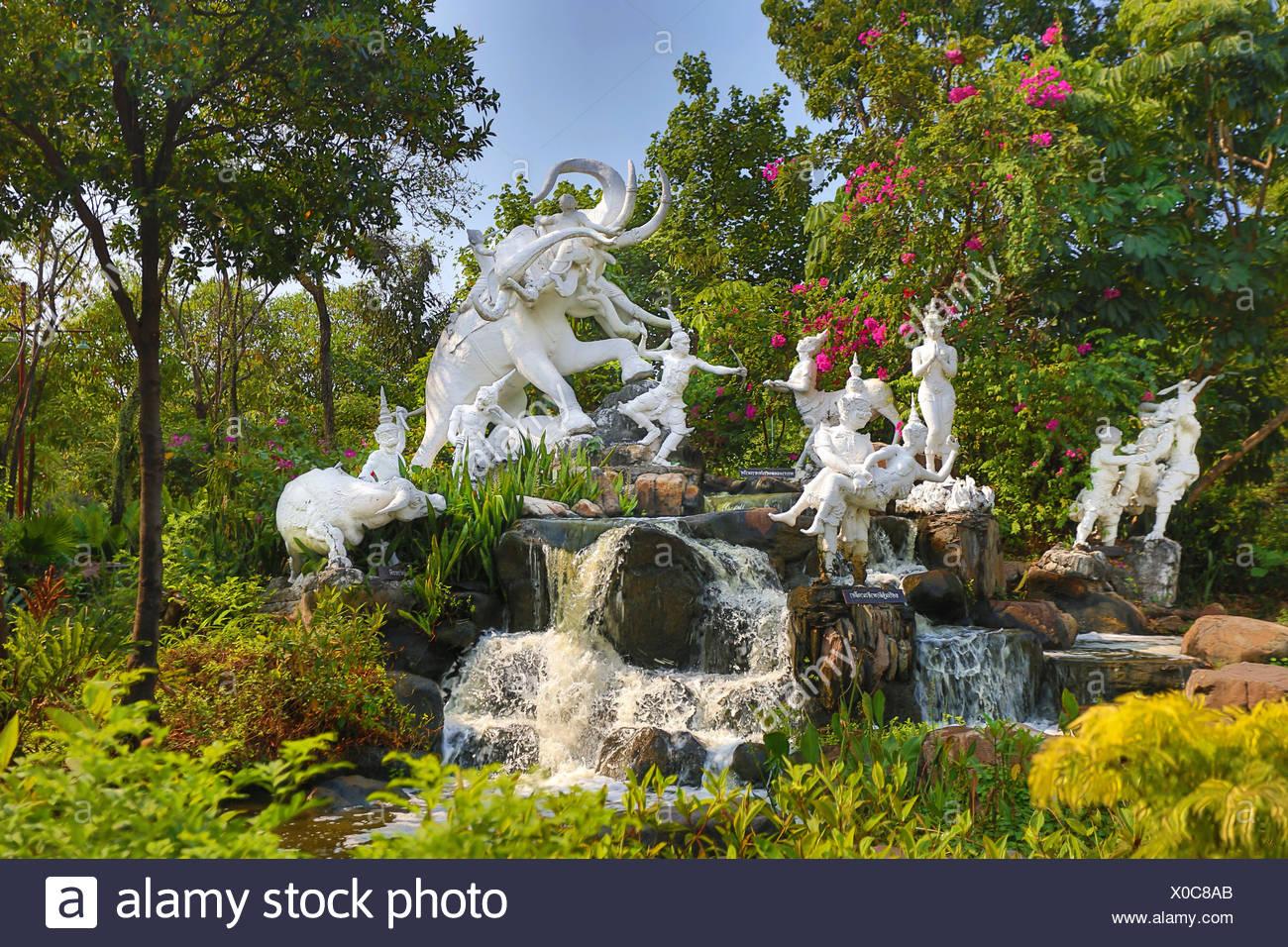 Thailand, Asien, Bangkok, alte, Siam Park, künstlerische, schöne, bunte, Elefant, Garten, monumentale, alt, Park, Wasserfall Stockbild