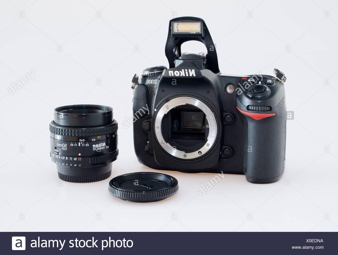 Nikon D300 SLR-Digitalkamera mit einem 50mm Objektiv Stockbild