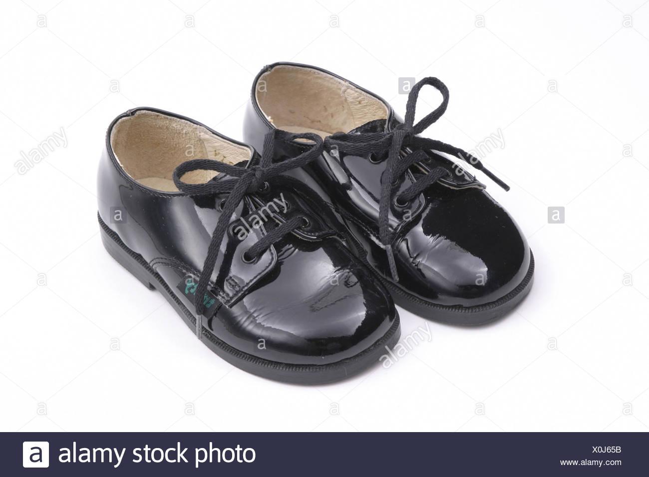 buy cheap f2ef3 b0ddf Kinderschuhe, schwarzes Mädchen Schuhe, Lackschuhe, Lack ...