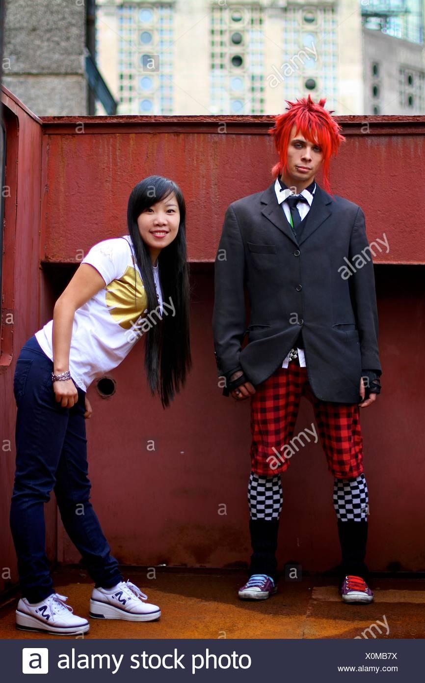 junge alternative interracial paar. Stockbild