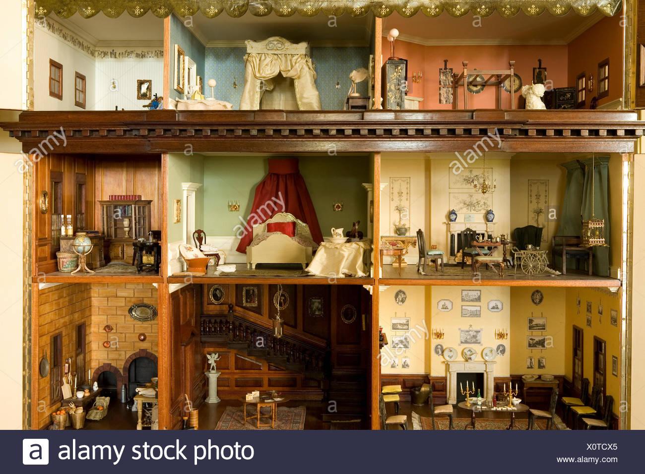 nahaufnahme des innenministeriums ein viktorianisches puppenhaus stockfoto bild 275902877 alamy. Black Bedroom Furniture Sets. Home Design Ideas