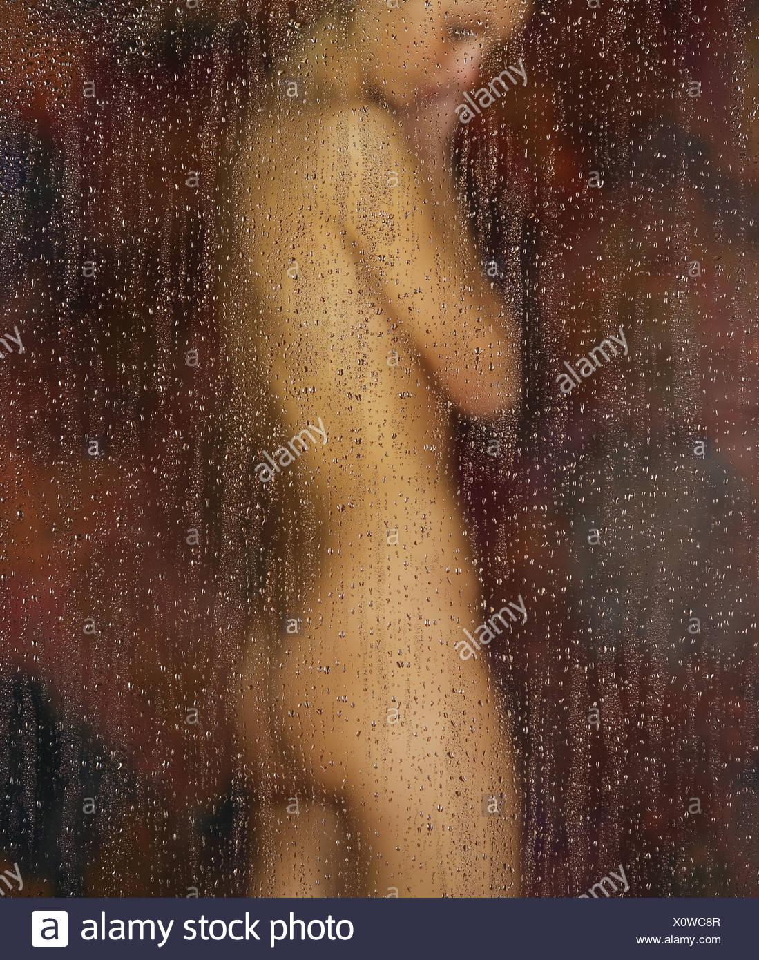 Dusche nackt Jungs Nackt