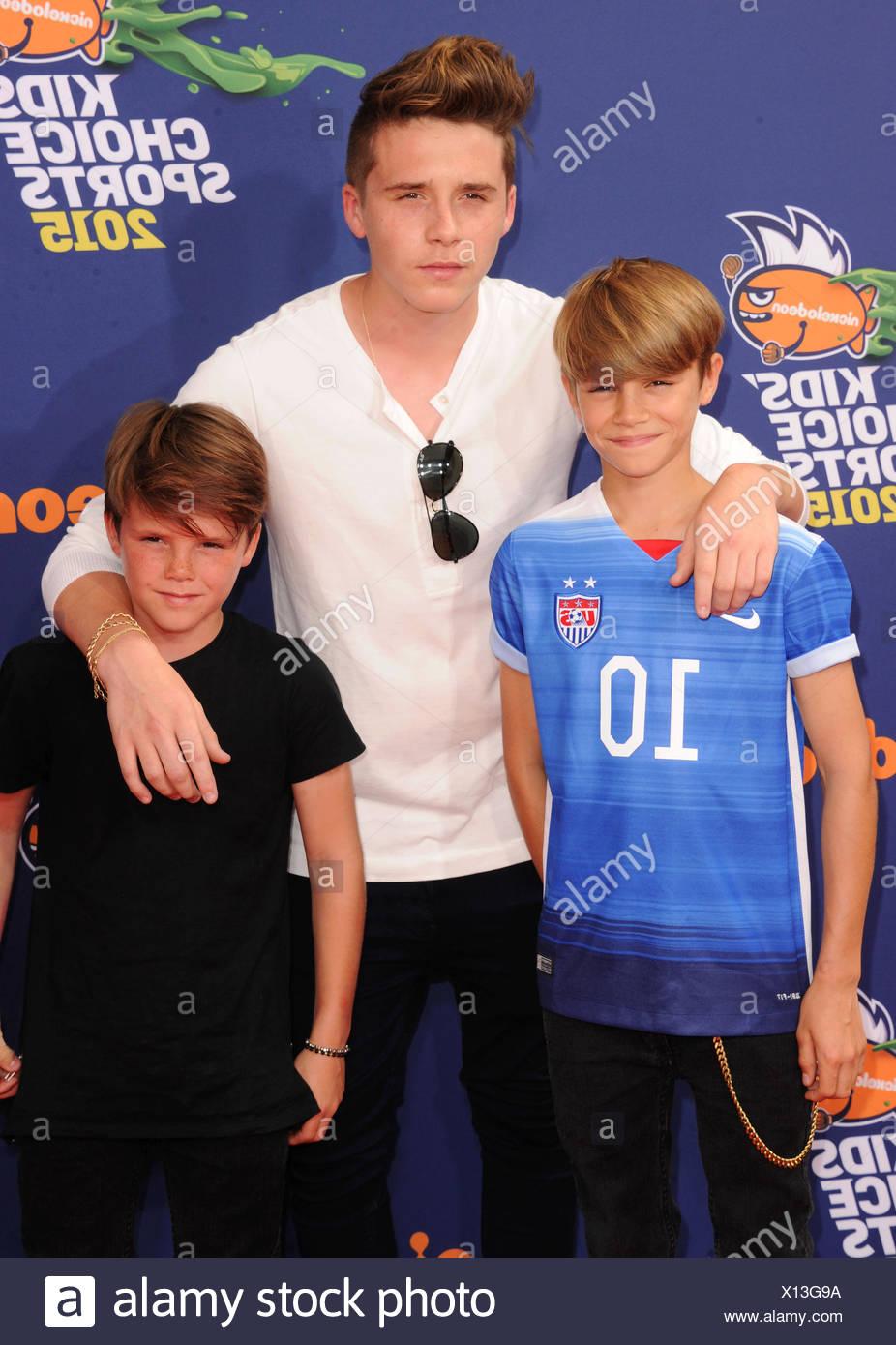 (L - R) Romeo Beckham, Brooklyn Beckham und Cruz Beckham Ankunft am Nickelodeon Kids' Choice Sports Awards 2015 an der UCLA Pauley Pavillion am 16. Juli in Westwood, Kalifornien 2015., Additional-Rights-Spiel-NA Stockbild