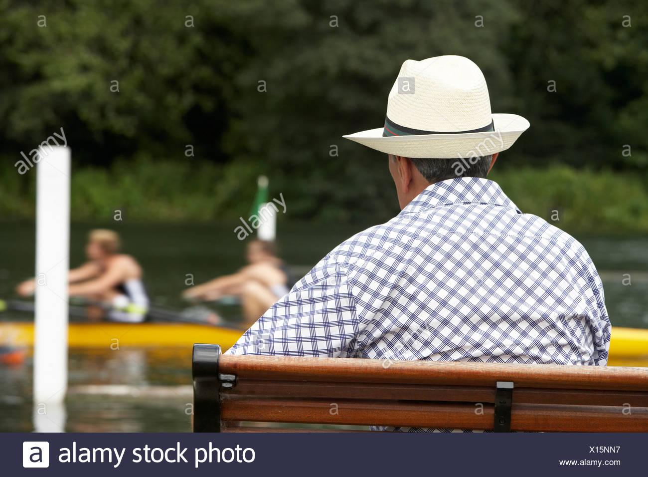 Zuschauer bei Henley Regatta Stockbild