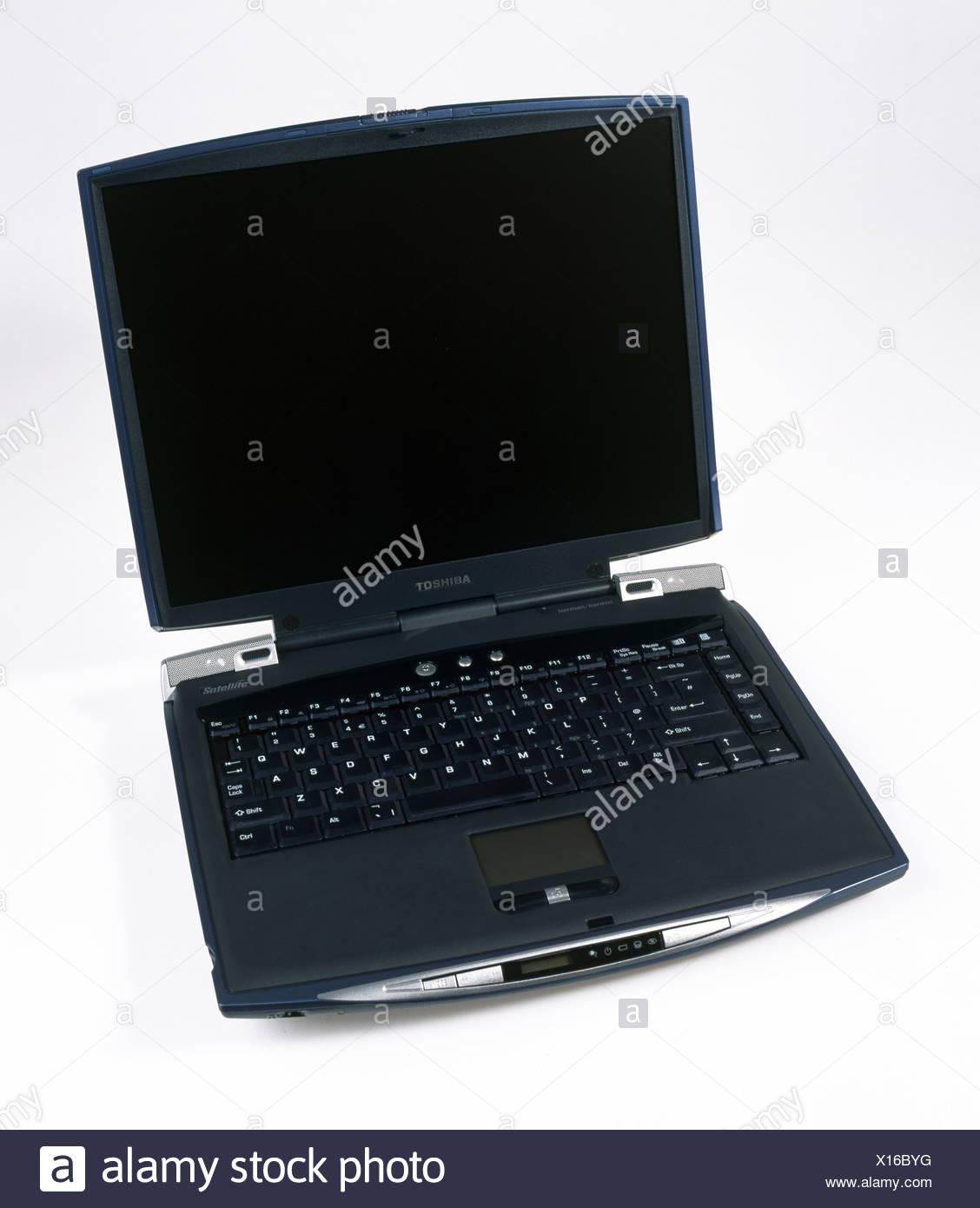 Nahaufnahme Der Schwarze Toshiba Laptop Computer Stockfoto Bild