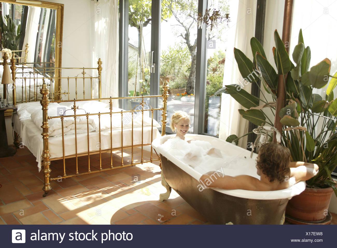 Wohnraum Bett Bad Paar Richtige Bad 20 30 Jahre Partnerschaft