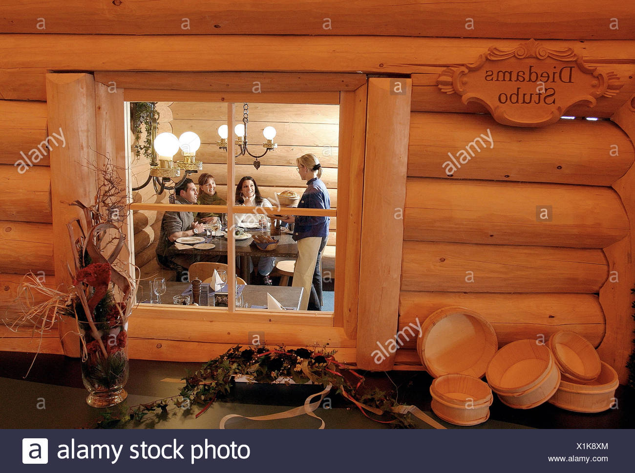 Ski Hut Inside Stockfotos & Ski Hut Inside Bilder - Alamy