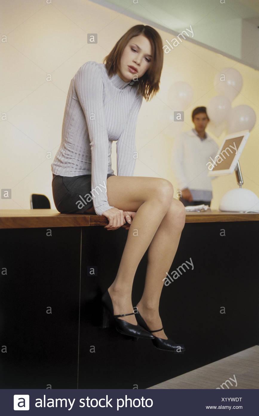 Büro, Schreibtisch, Frau, leider Mann auseinander, überraschen ...