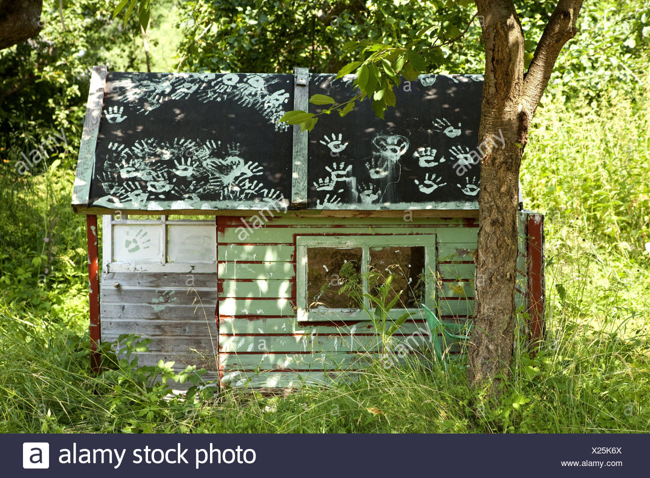garden shed stockfotos garden shed bilder alamy. Black Bedroom Furniture Sets. Home Design Ideas