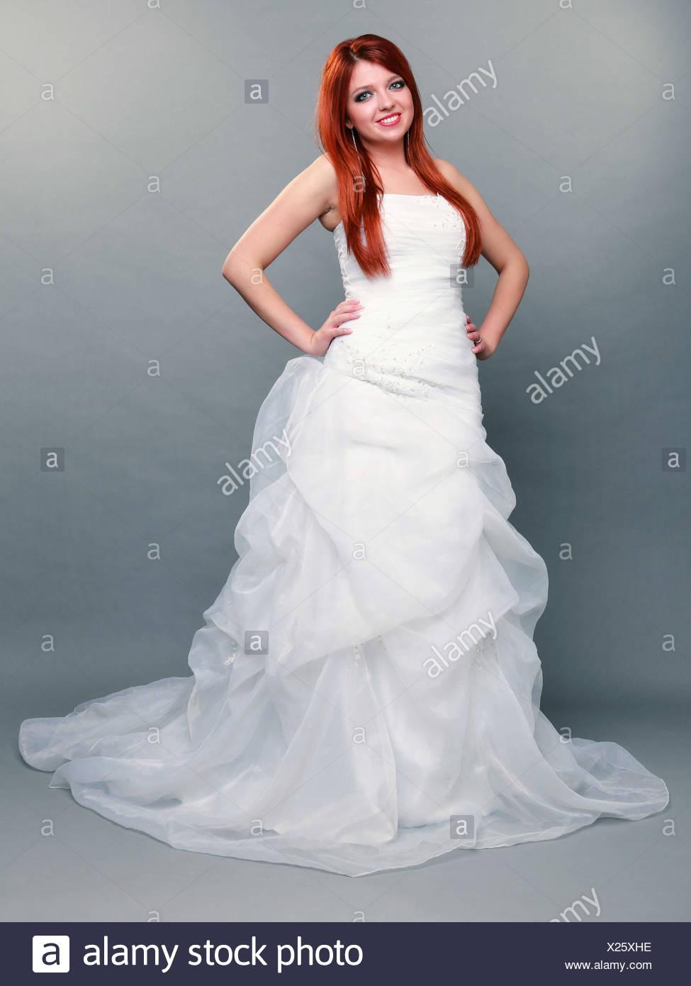 Ziemlich Kleider Für Einen Tag Hochzeit Galerie - Brautkleider Ideen ...