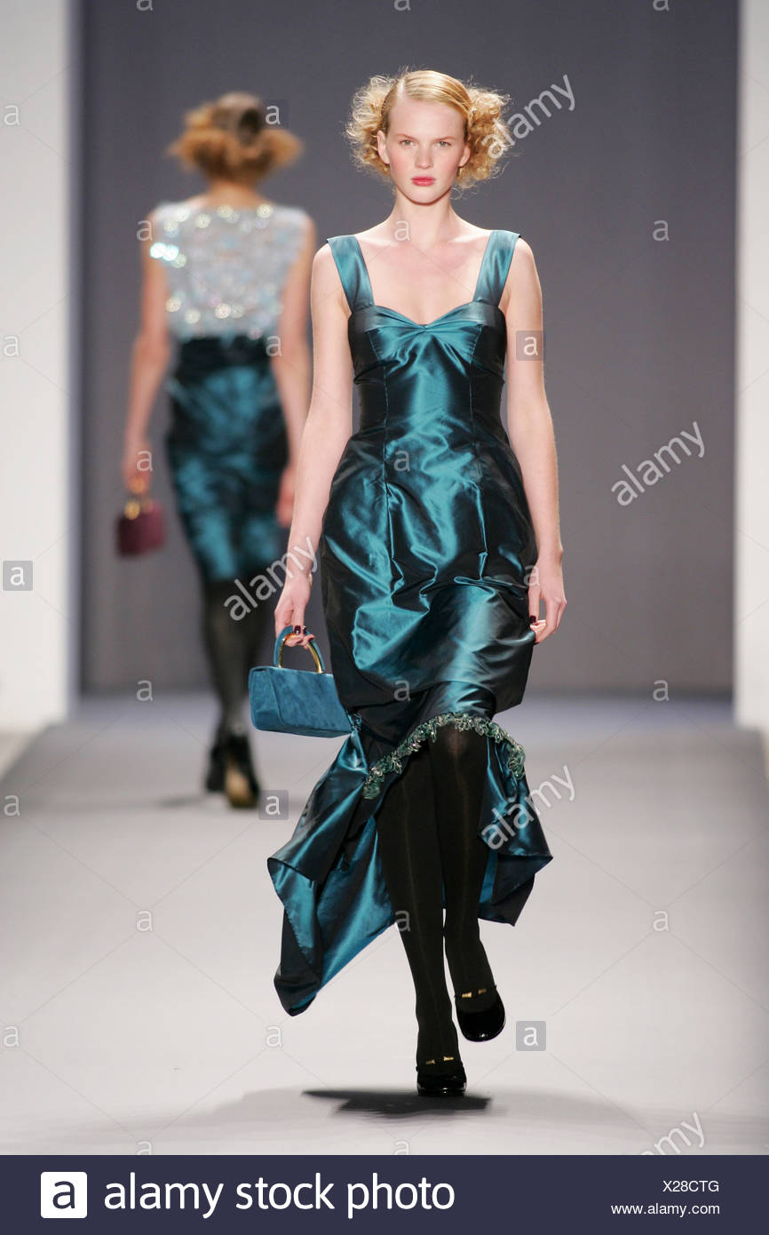 Ausgezeichnet New York Cocktailkleid Bilder - Hochzeit Kleid Stile ...