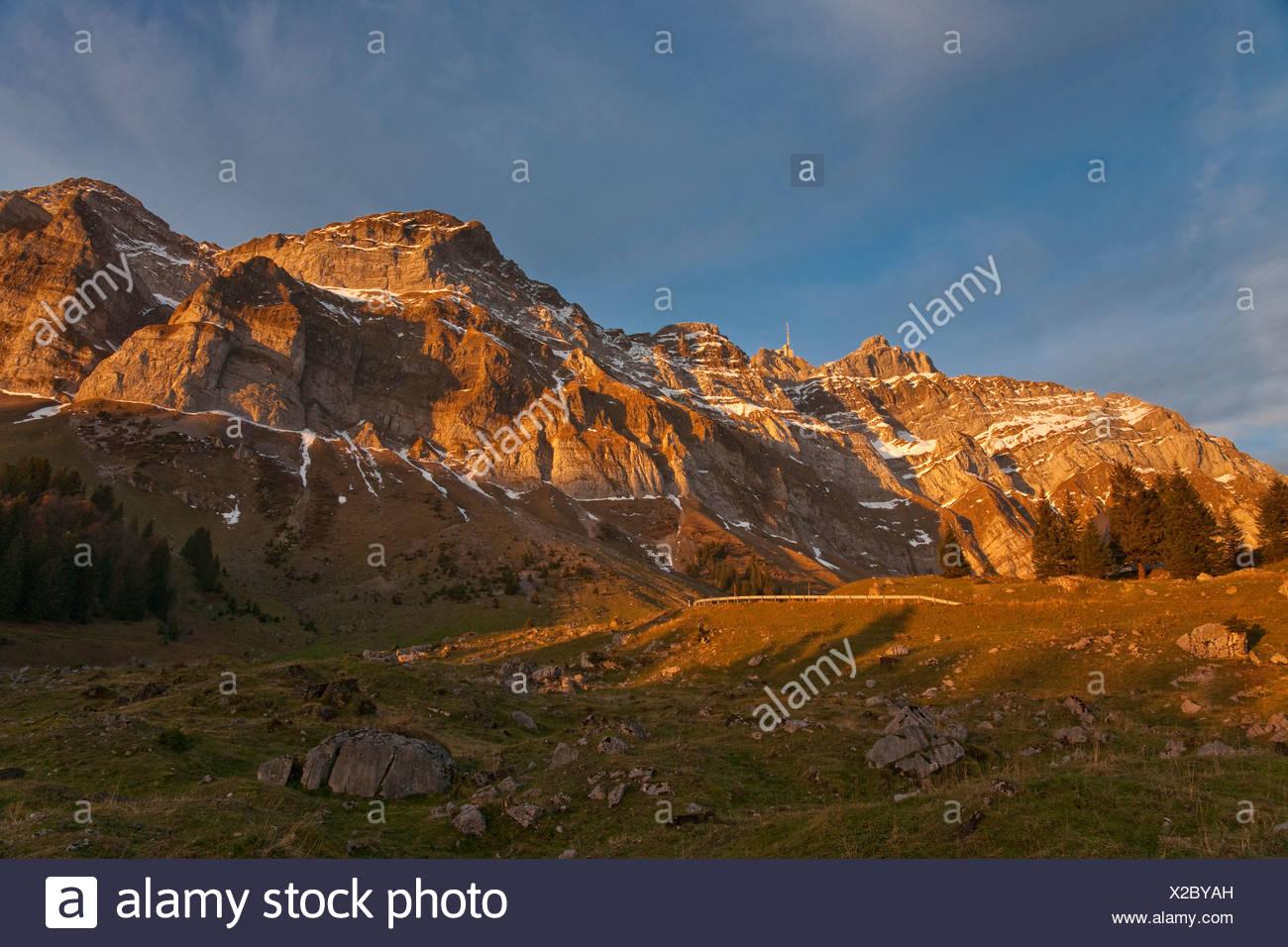 Säntis-Kanton Appenzell Innerrhoden Schweiz Bergmassiv der Alpen Alpsteingebirge Berge Landschaft Gipfel Spitzberg Stockbild