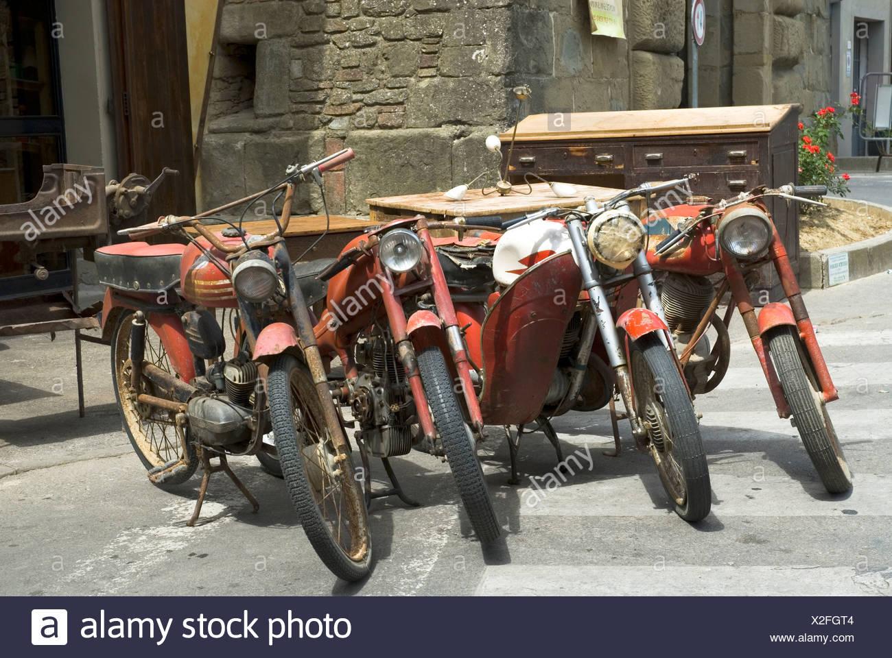Alte Mopeds Stockfotos Alte Mopeds Bilder Alamy