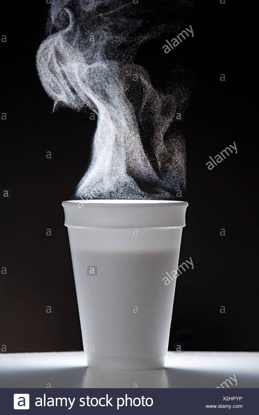 Heißes Getränk mit Dampf Stockbild