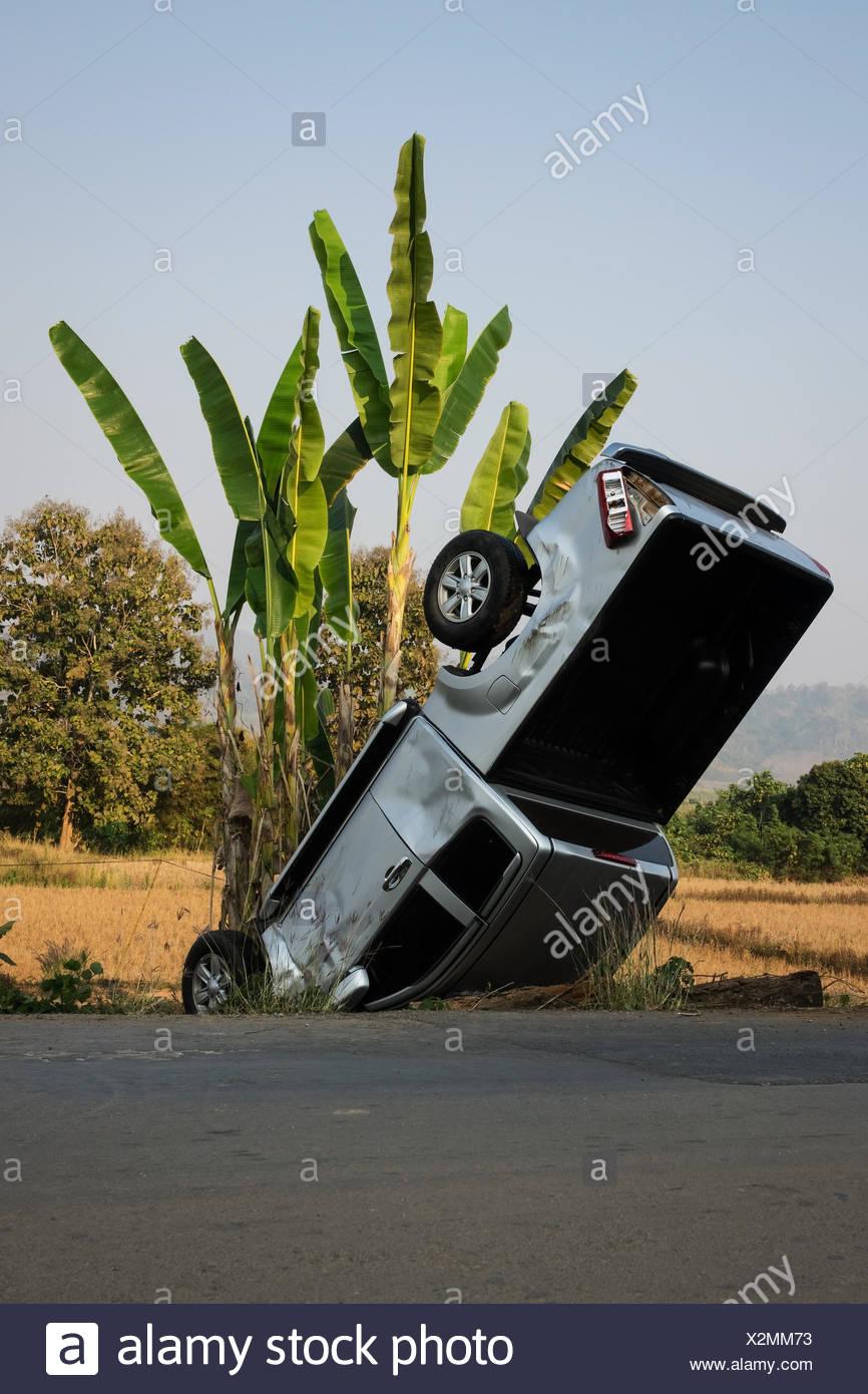 Ausmalbilder Auto Unfall : Atemberaubend Autounfall Malvorlagen Ideen Framing Malvorlagen