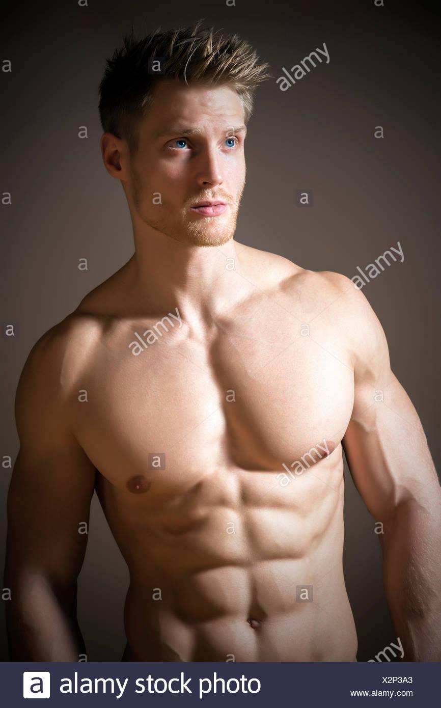 Blonder sportlicher Mann Stockbild