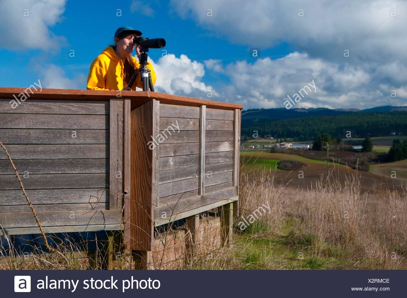 Vogelbeobachtung mit spektiv auf baskett butte baskett slough