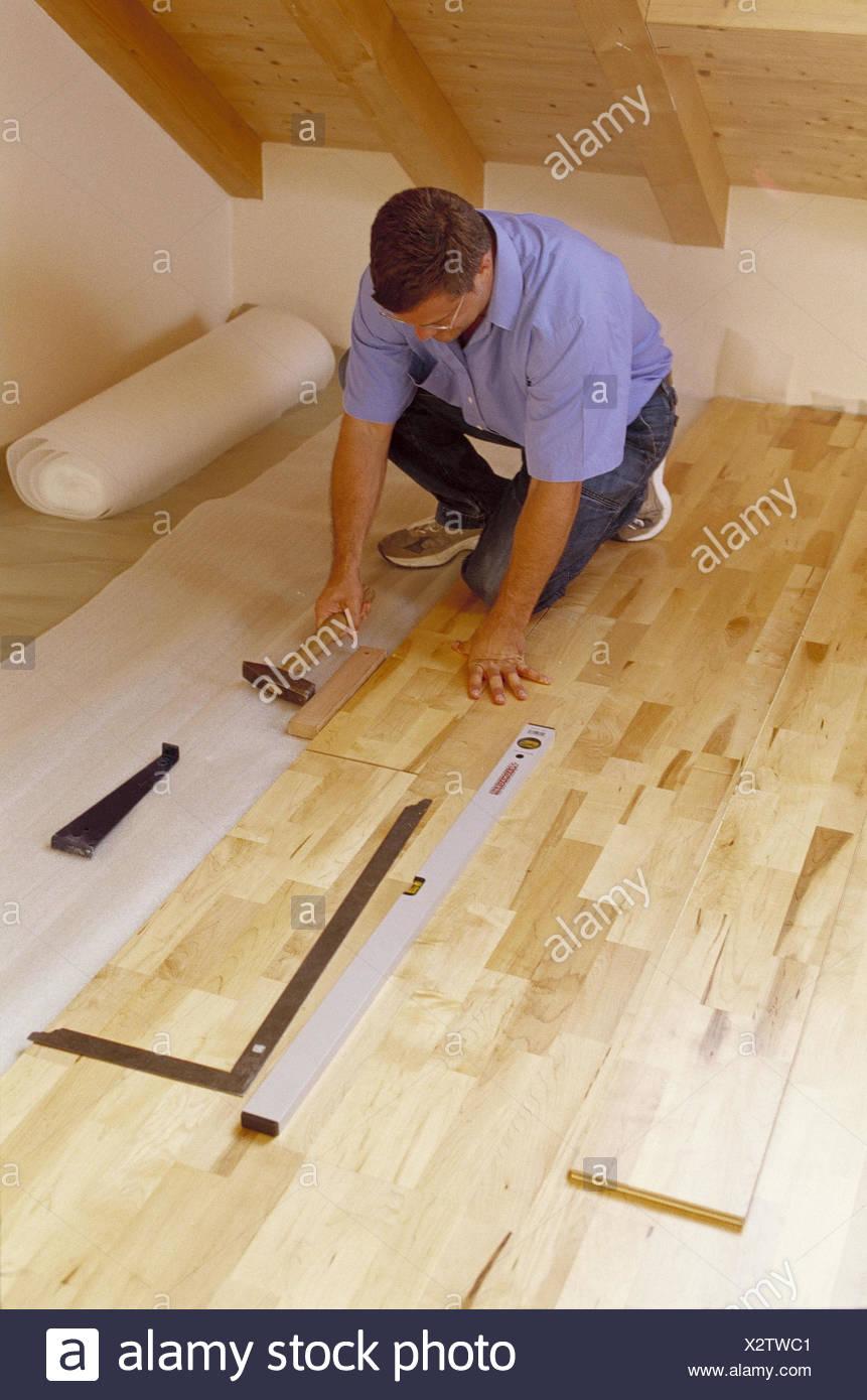 parkett verlegen werkzeug trendy anleitung parkett. Black Bedroom Furniture Sets. Home Design Ideas