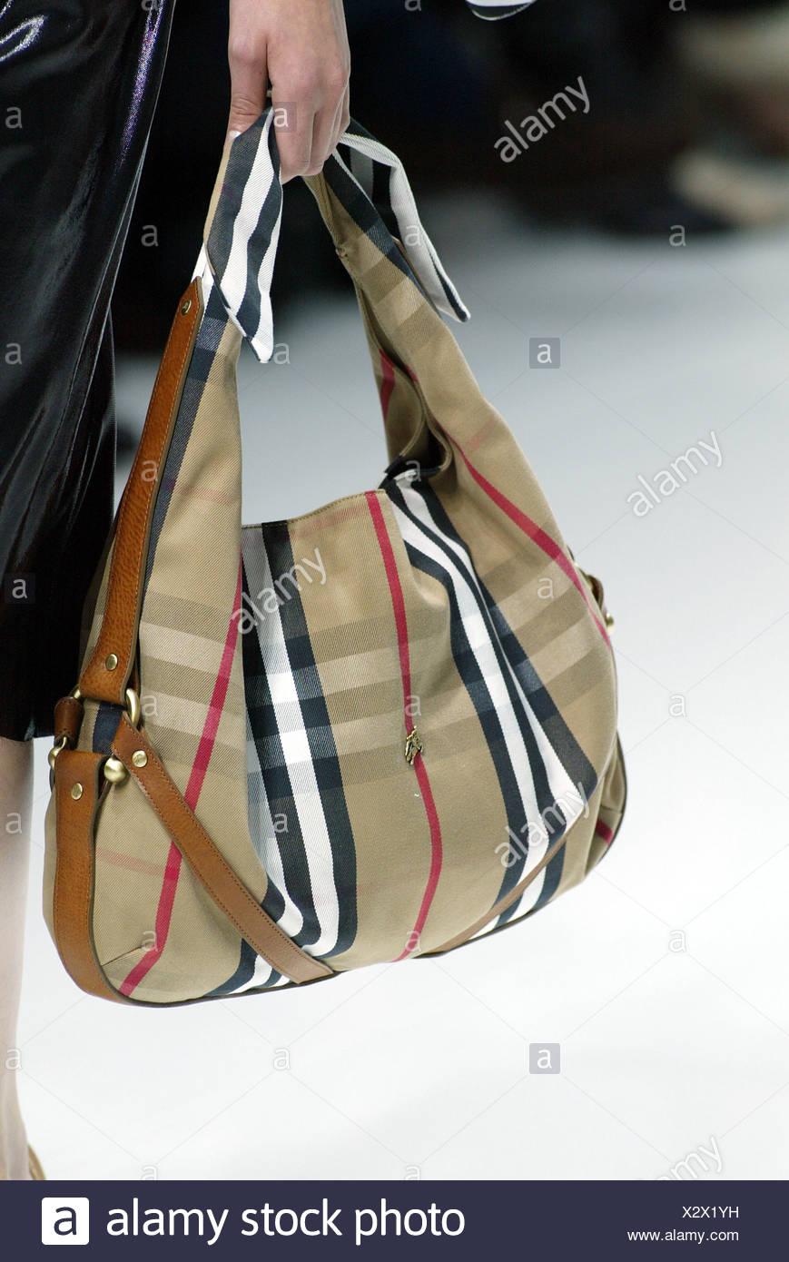 Suchergebnis auf für: Burberry: Schuhe & Handtaschen