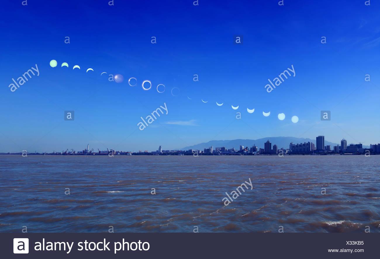 totale Sonnenfinsternis Stockbild