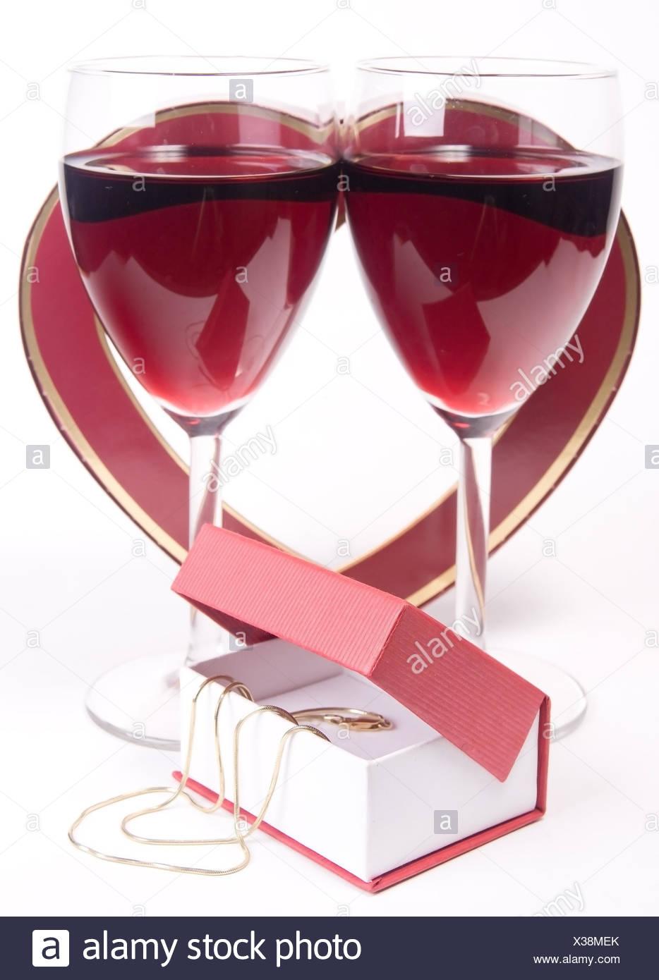 Isolierte Wein Geschenk Gluckwunsch Valentinstag Geburtstag Glas