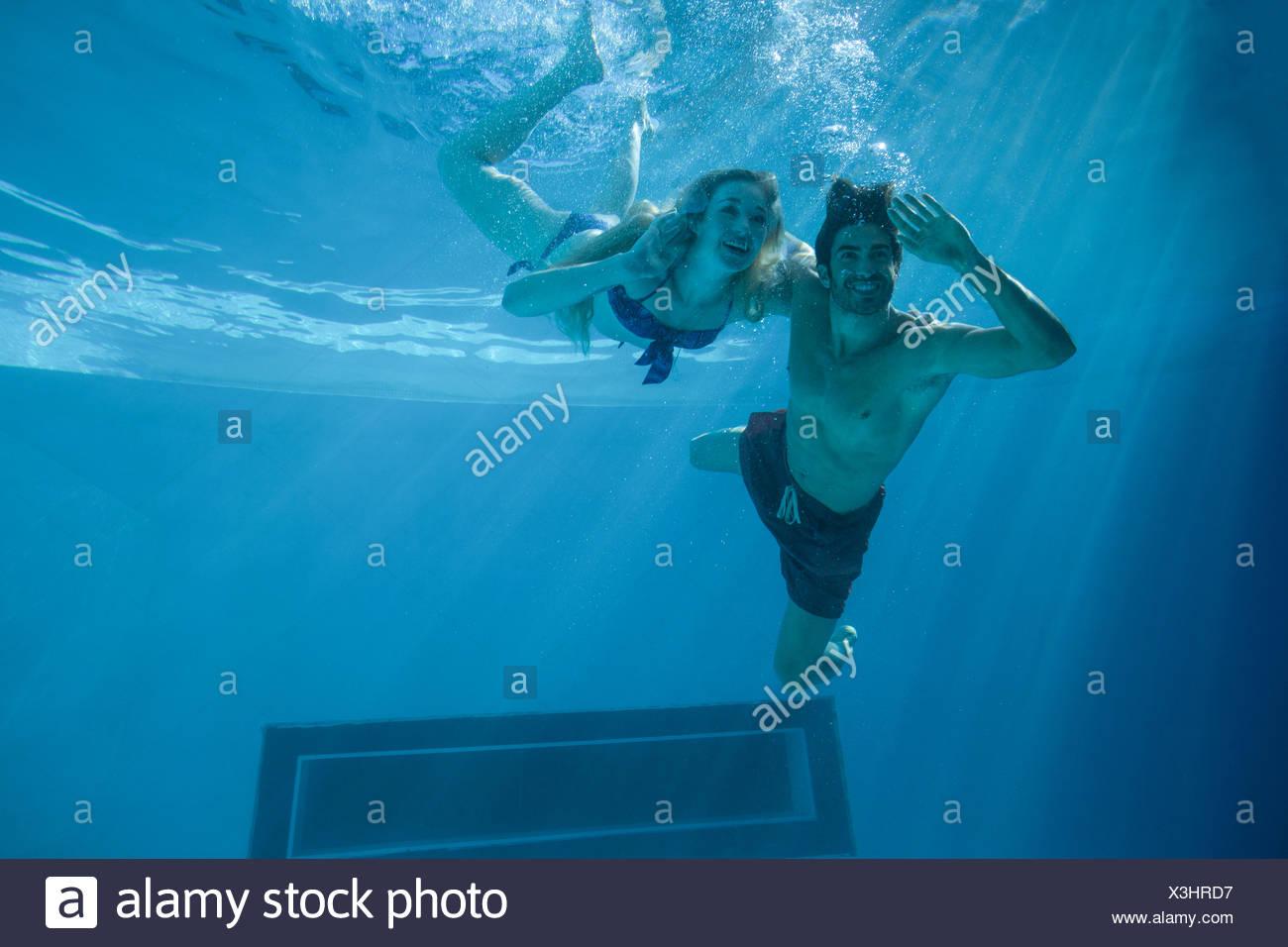 WILLIE: Mit suesser bbw im schwimmbad