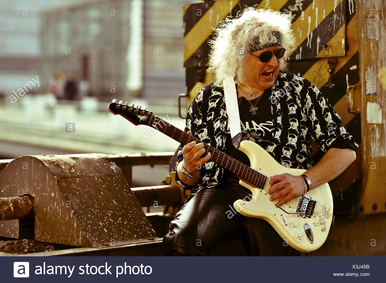 Rock-Musik und alte Industriestandorte Stockbild