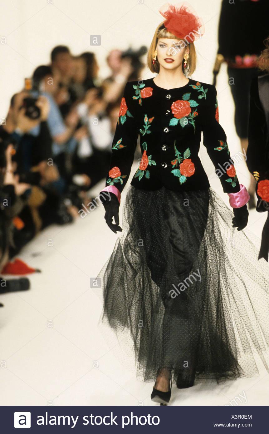 Yves Saint Laurent Herbst Winter kanadische model Linda ...