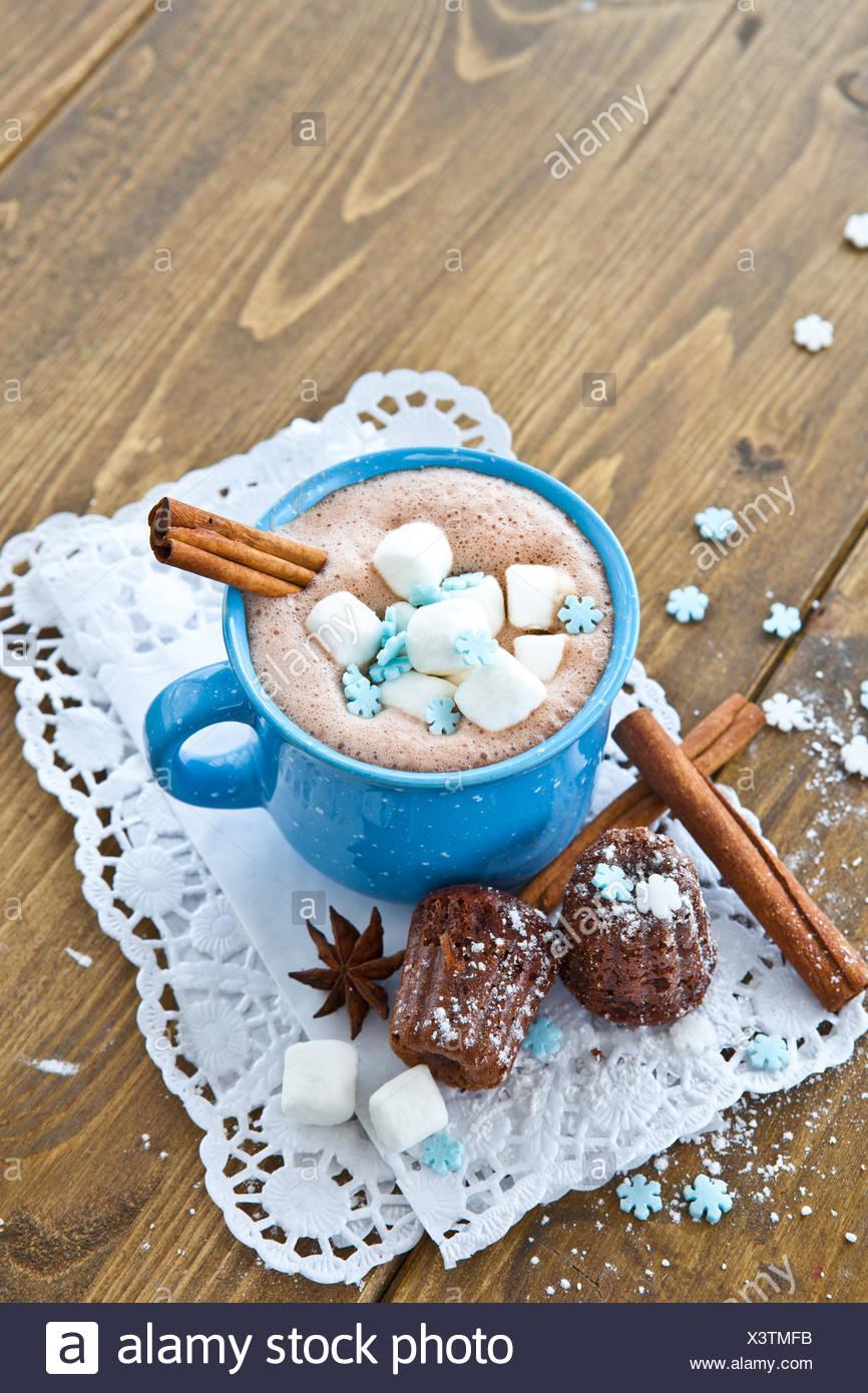Blaue Winter Advent Horizontale Milch Mini Kuchen Kuchen Kuchen