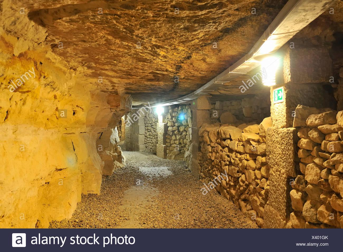 Unter Den Stra En von Paris, e Che, Katakomben - unter den Straßen von Paris, Steinbrüche, Katakomben Stockfoto